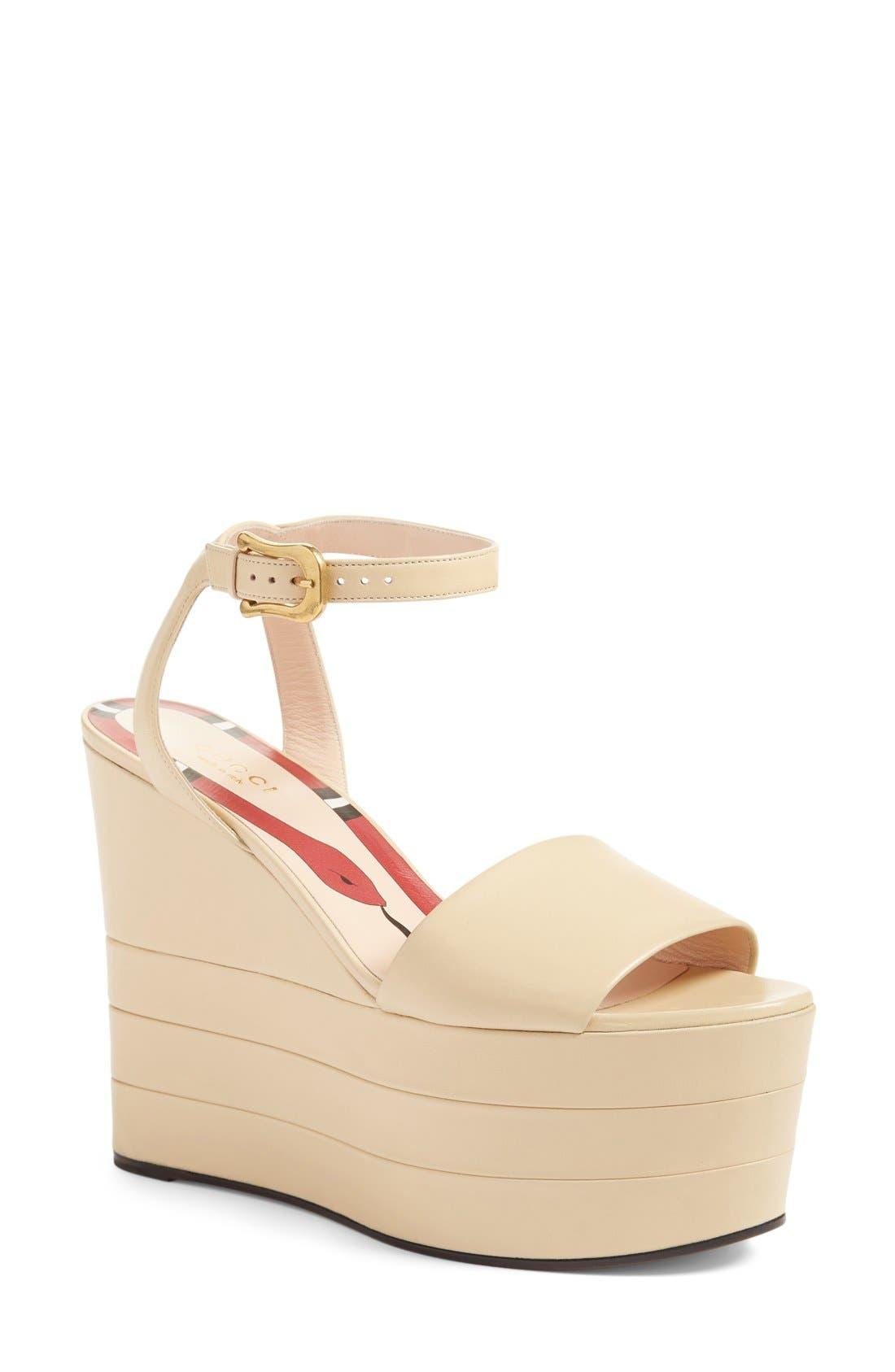 Alternate Image 1 Selected - Gucci 'Sally' Platform Sandal (Women)