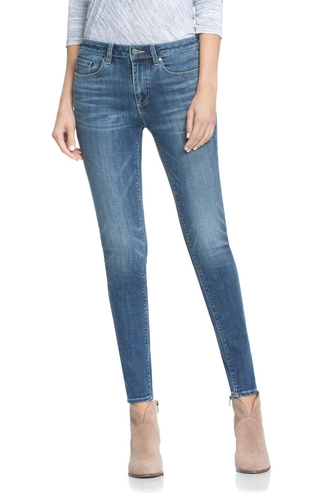 Two by Vince Camuto Classic Five-Pocket Skinny Jeans,                         Main,                         color, True Blue