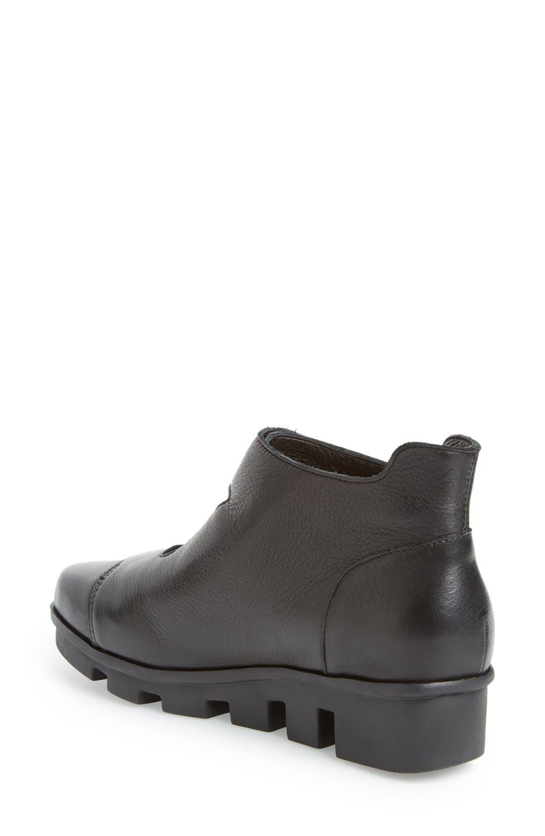 'Harmonee' Sneaker,                             Alternate thumbnail 2, color,                             Black Leather