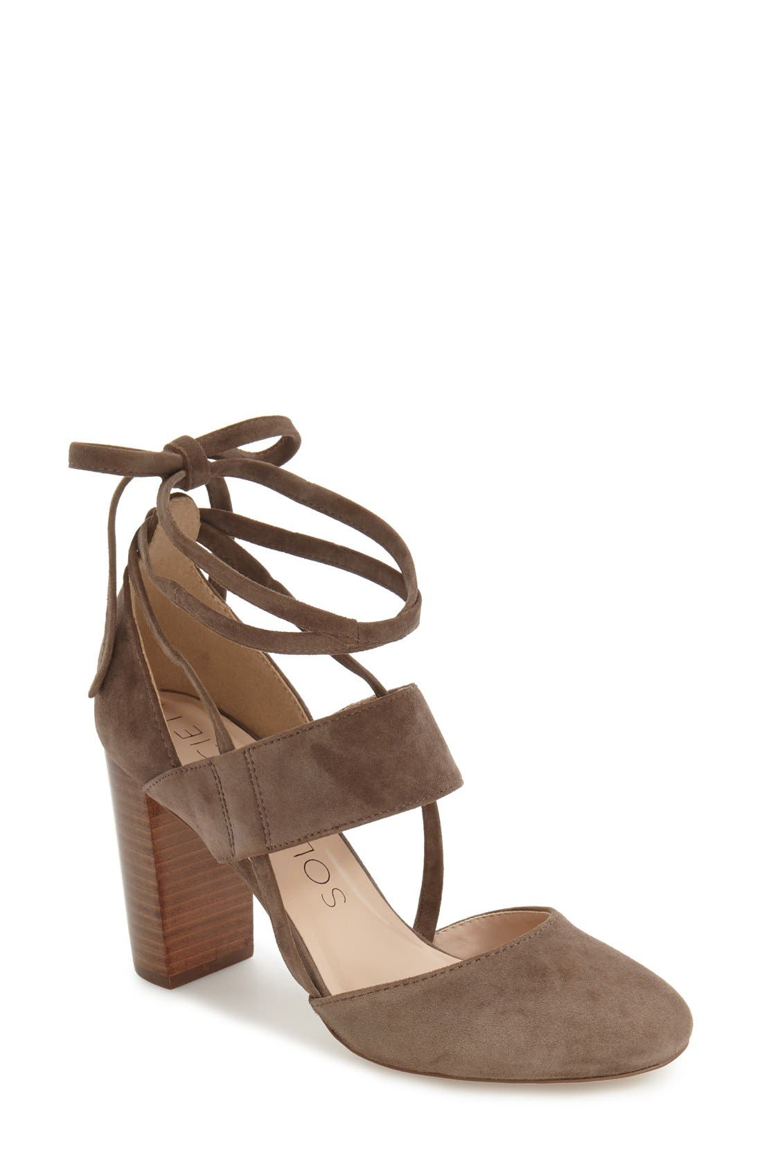 Sole Society Isabeli Pump (Women)