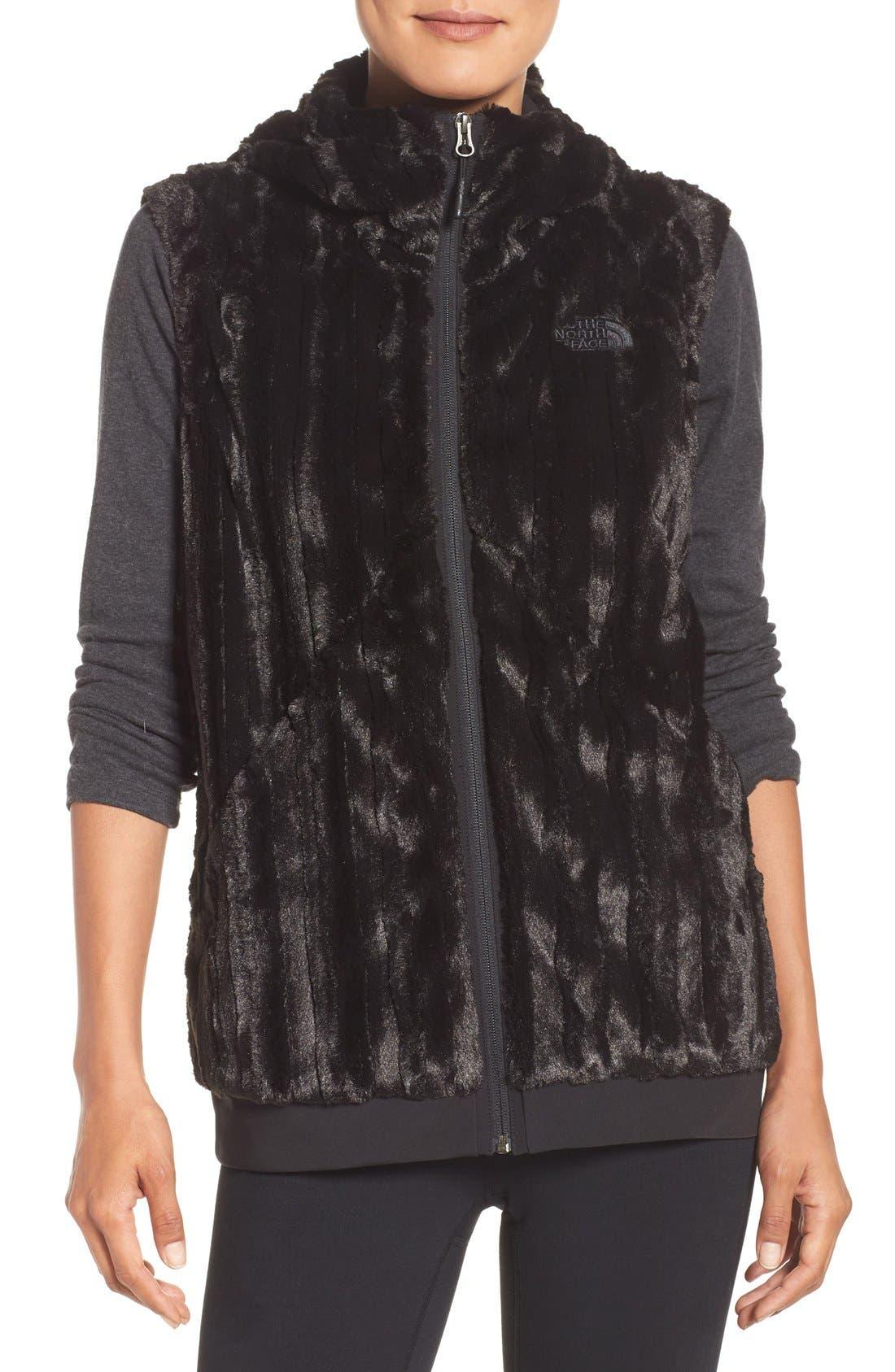 Alternate Image 1 Selected - The North Face Furlander Fleece Vest