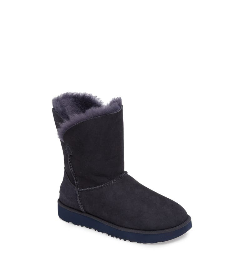 UGG Sale: Save up to 50% Off askreservations.ml's huge selection of UGG boots, slippers, moccasins, classic tall uggs nordstrom and shoes! Over styles available, including the Classic Short, Classic Tall, Bailey Button, and many more.