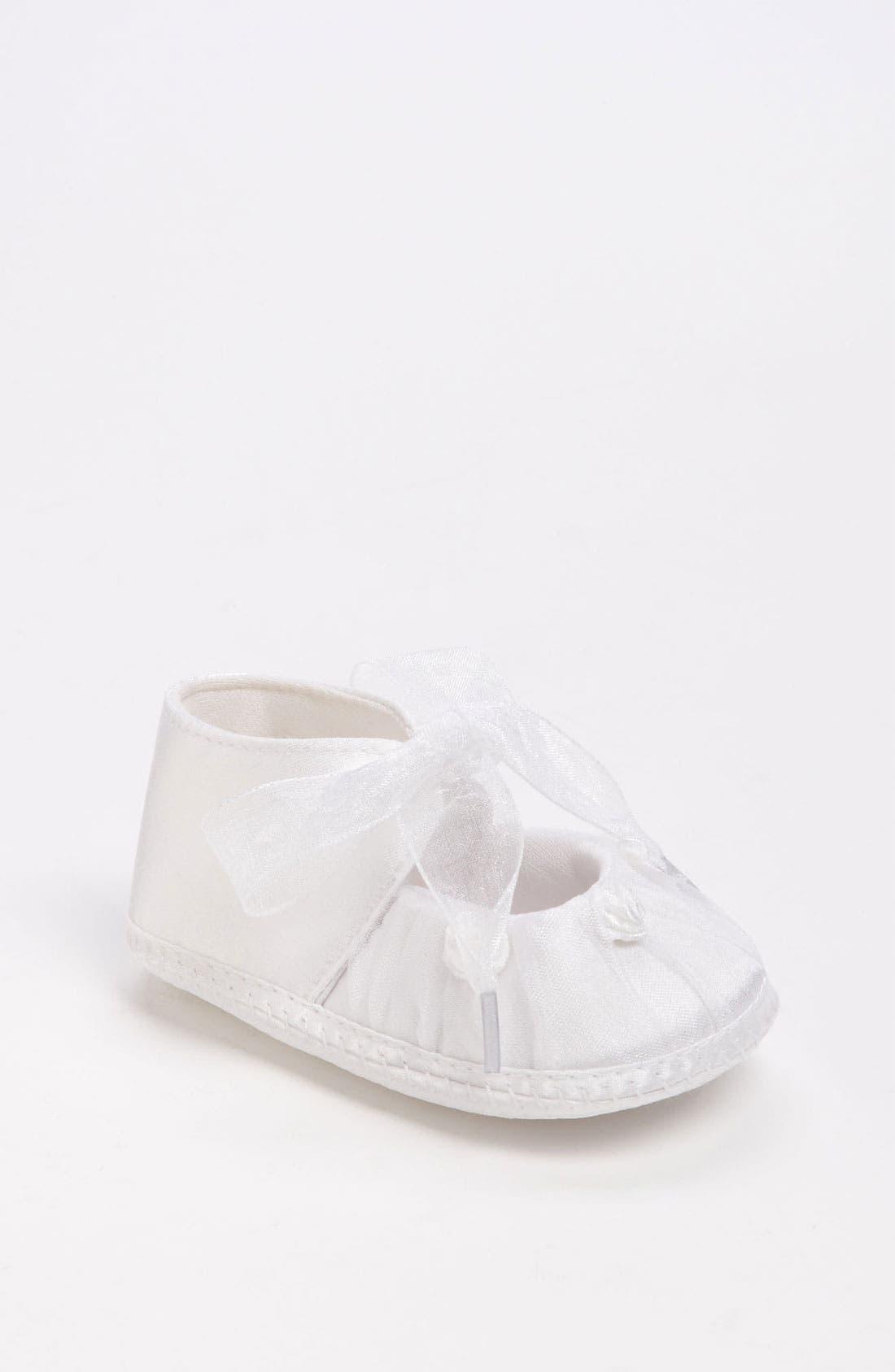 Main Image - Designer's Touch 'Cheree' Crib Shoe (Baby)