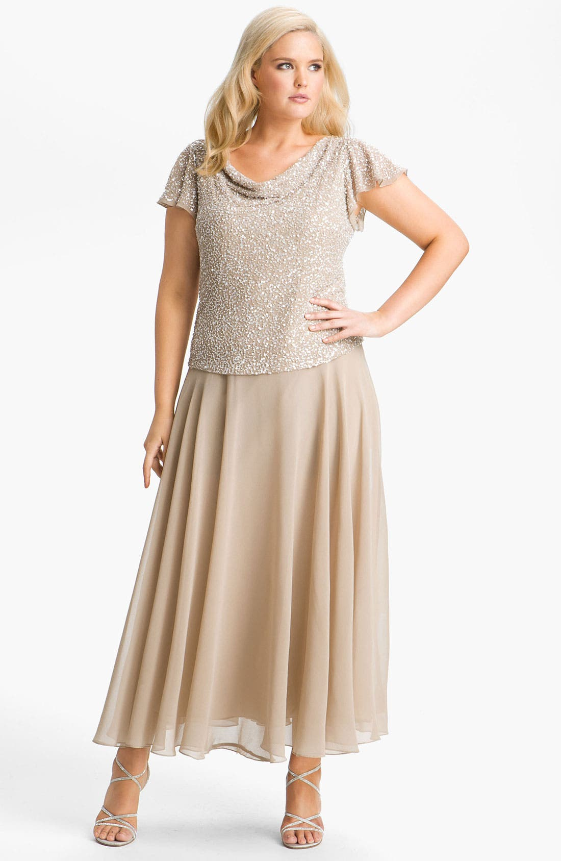 Main Image - J Kara Sequin Flutter Sleeve Bodice Chiffon Gown (Plus)