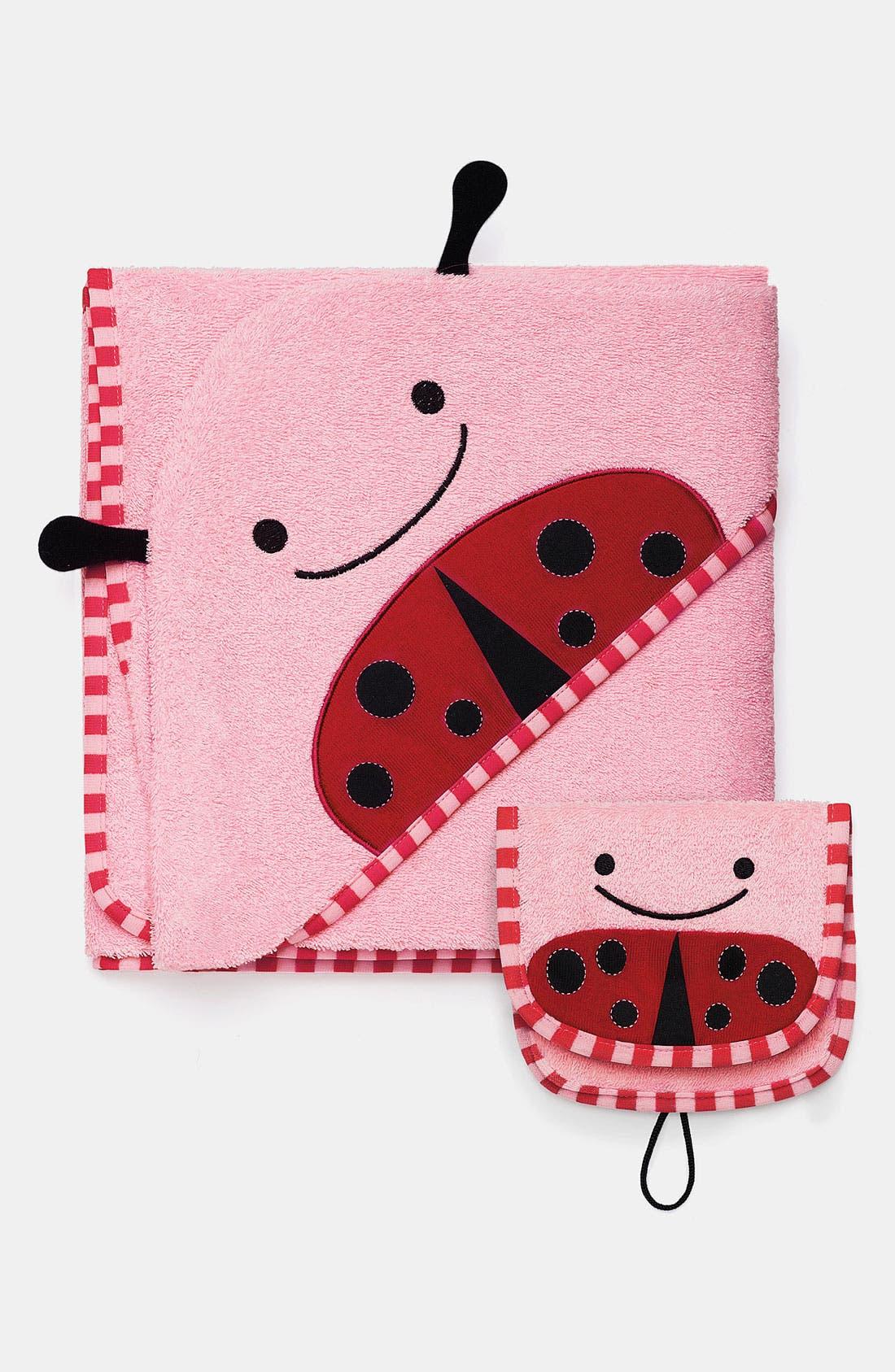Alternate Image 1 Selected - Skip Hop 'Zoo' Hooded Towel (Baby)
