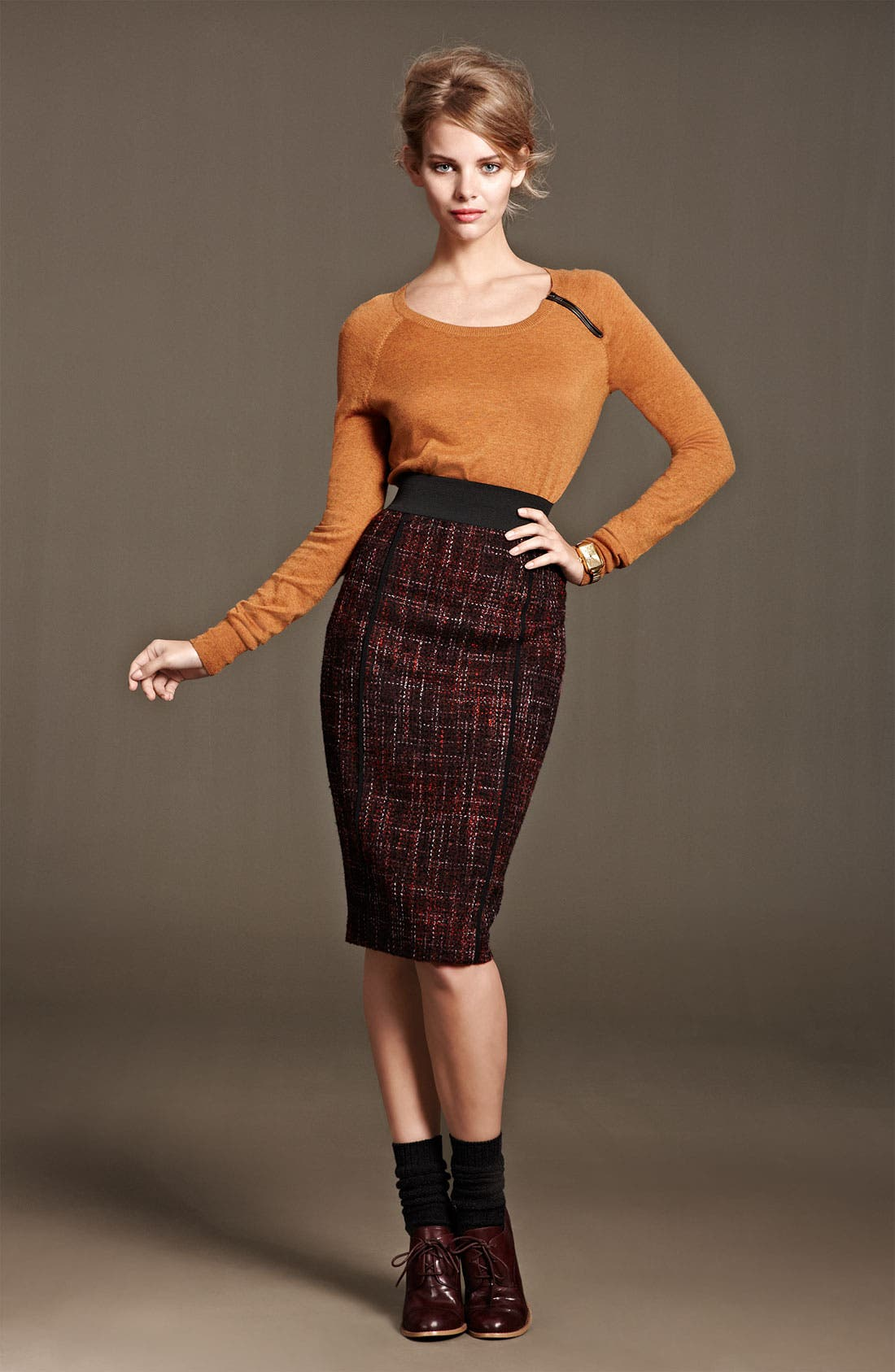 Alternate Image 4  - Halogen® Elastic Waistband Bouclé Skirt