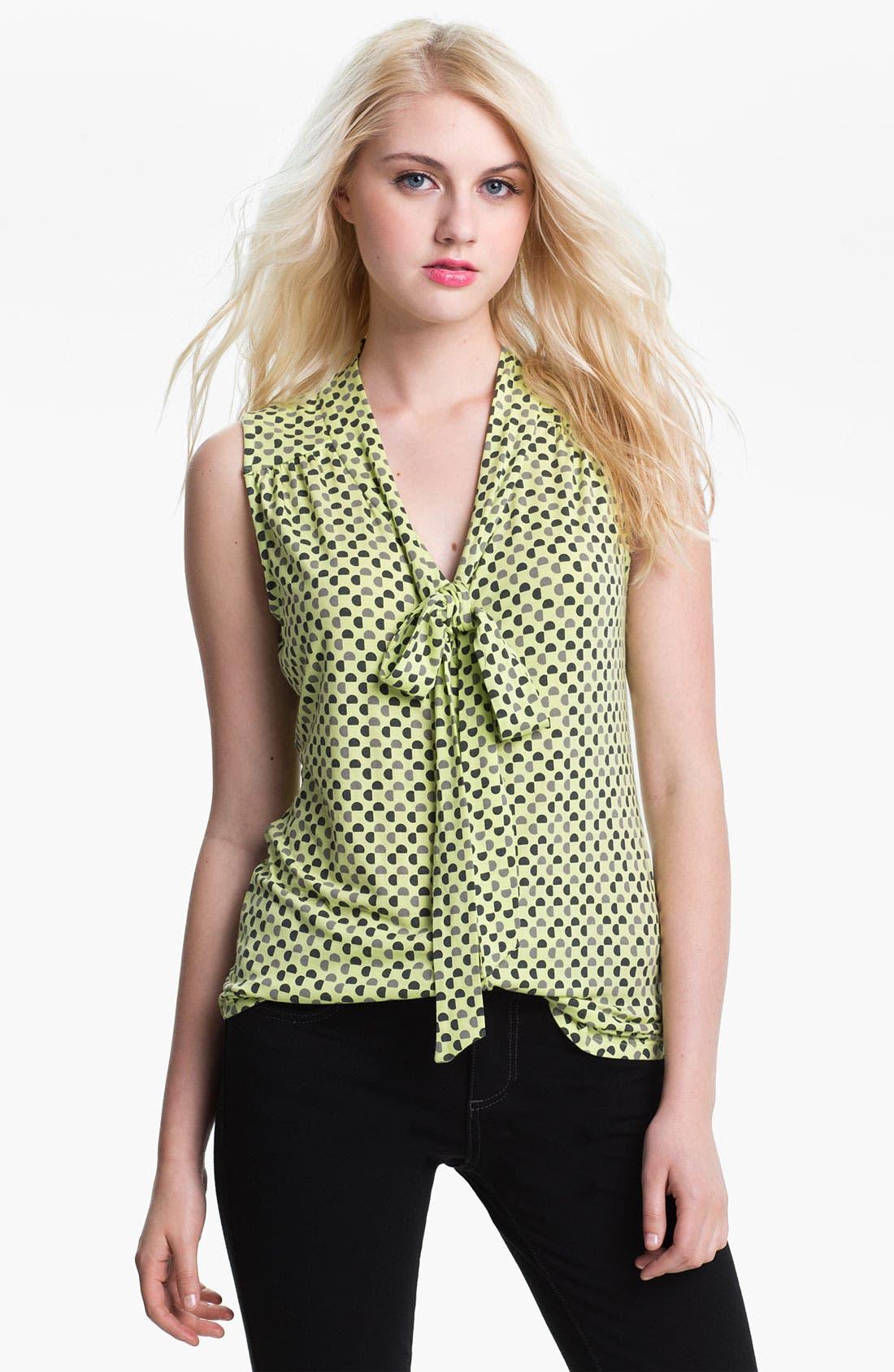 Main Image - Halogen Tie Neck Sleeveless Knit Top