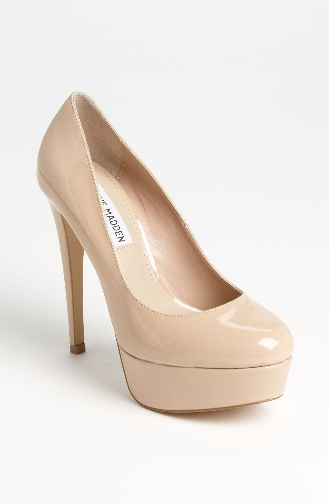 Alternate Image 1 Selected - Steve Madden 'Demandd' Pump