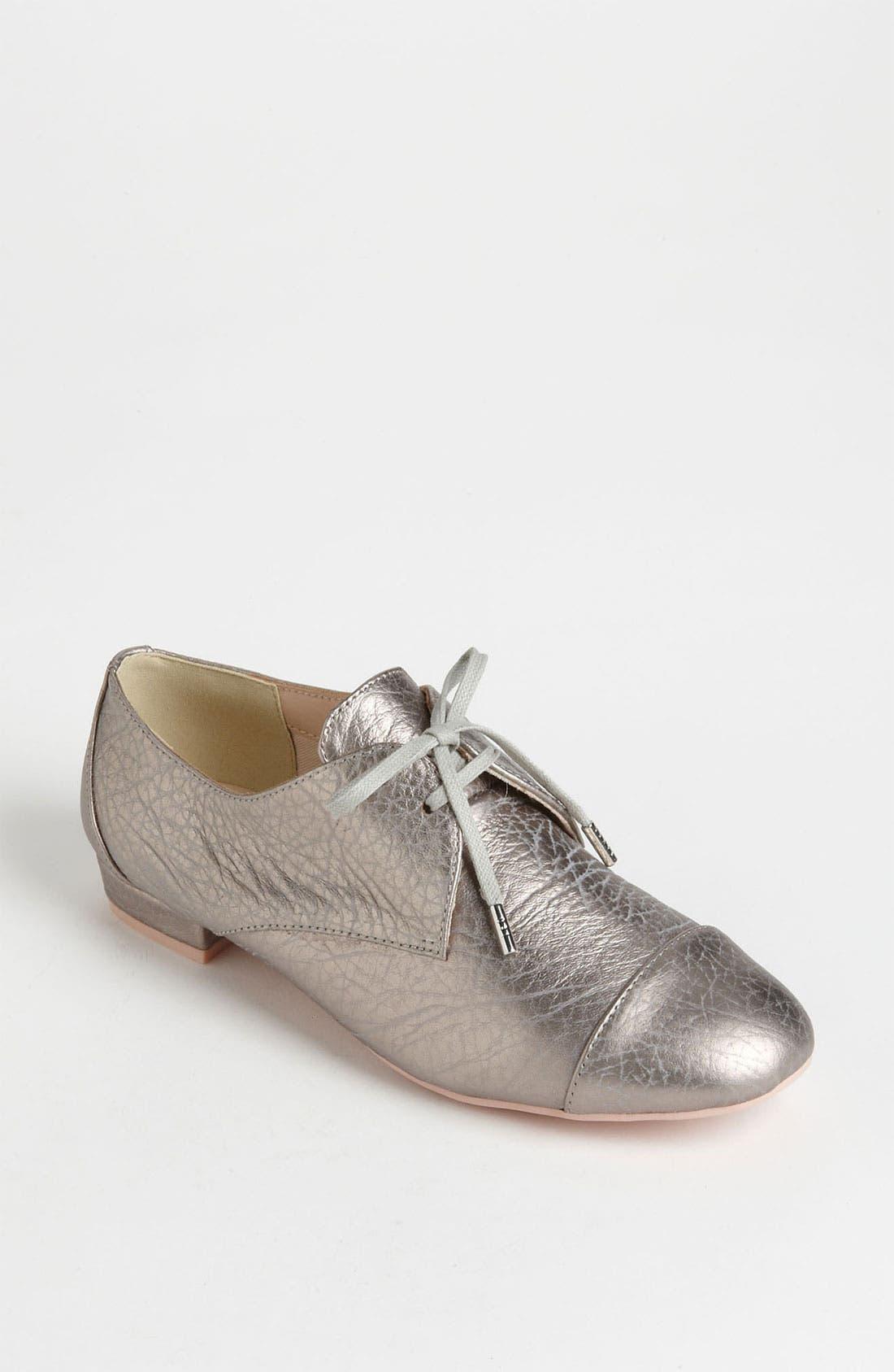'Kape' Oxford,                         Main,                         color, Grey Metallic