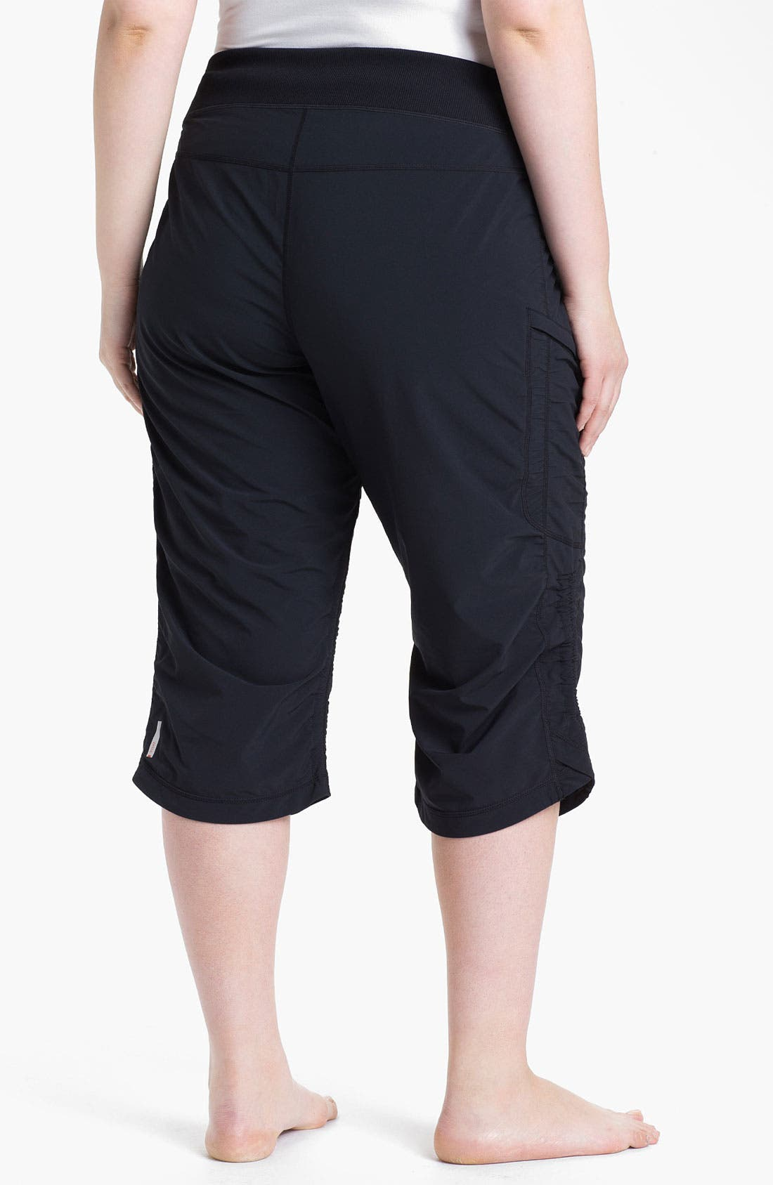 Alternate Image 2  - Zella 'Move It' Capris (Plus Size)