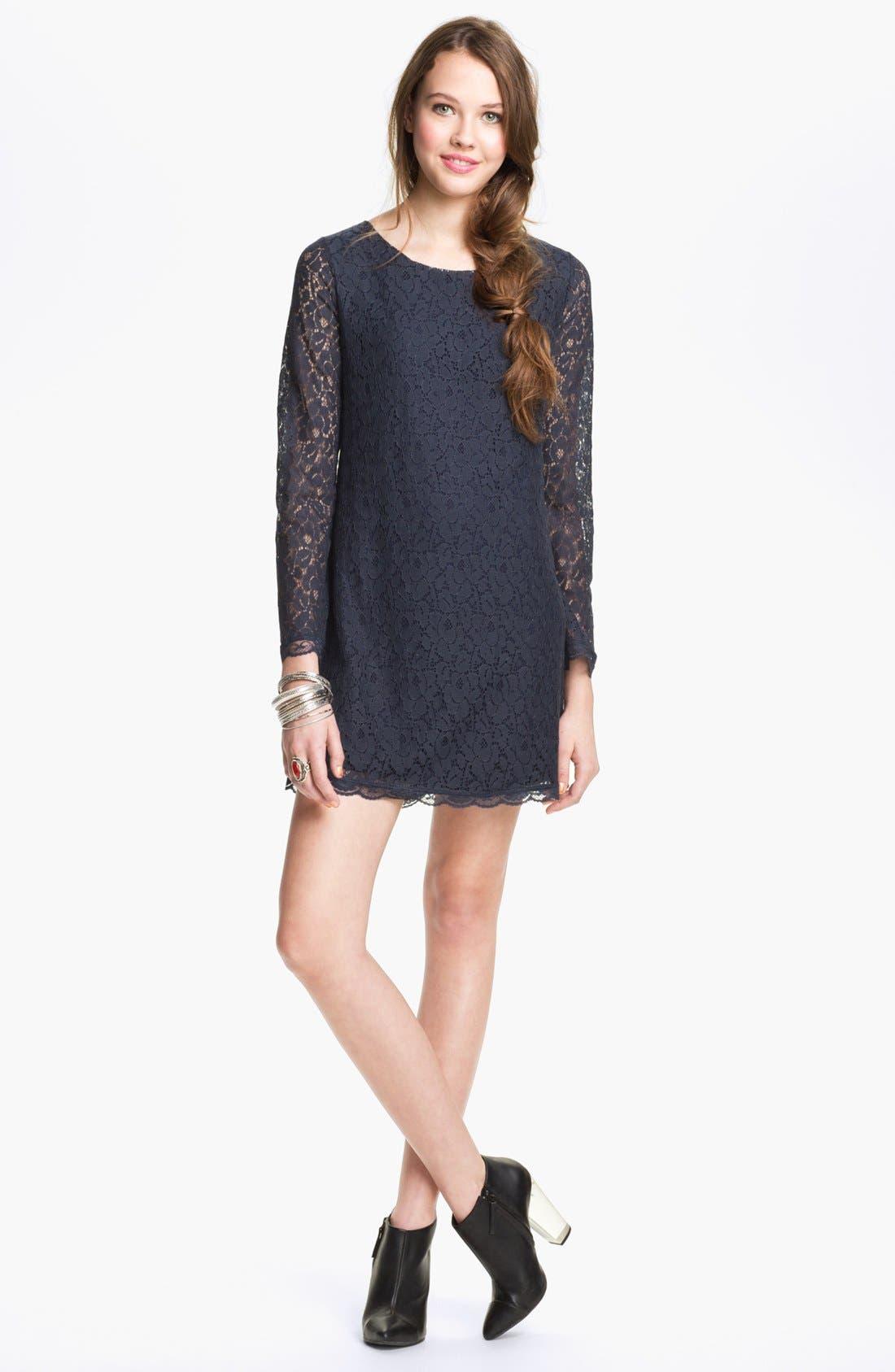 Main Image - Hidden Heart Lace Shift Dress (Juniors)