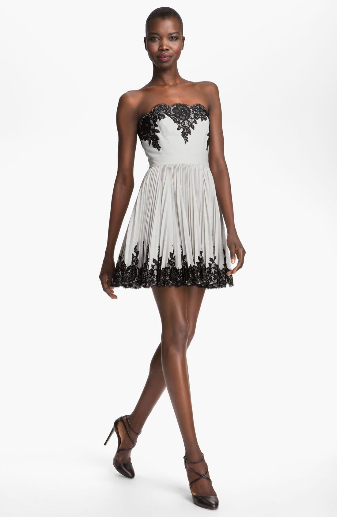 Main Image - Robert Rodriguez Strapless Lace Appliqué Dress