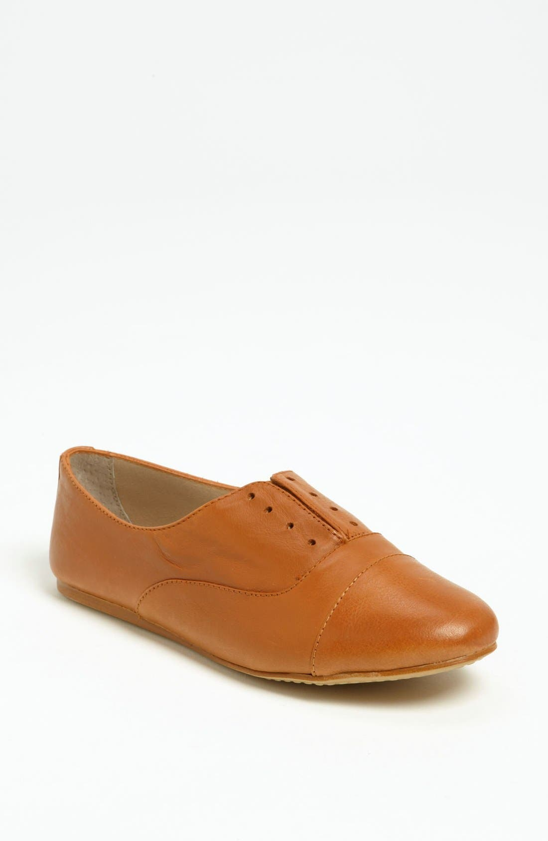 Alternate Image 1 Selected - Steve Madden 'Tuddor' Flat