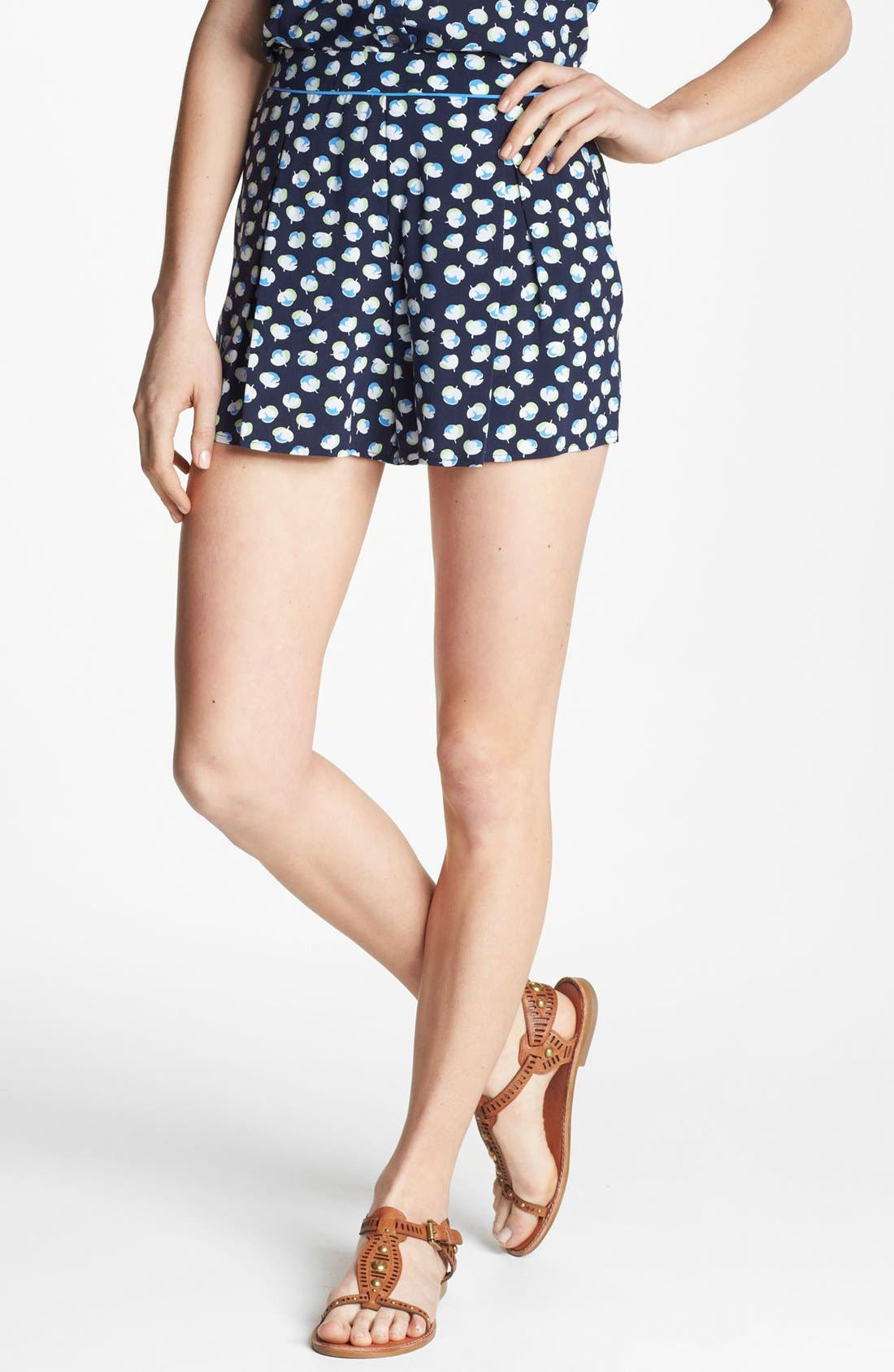 Alternate Image 1 Selected - Two by Vince Camuto Floral Pleated Shorts