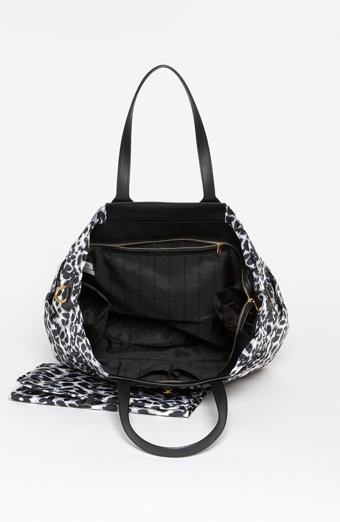 Alternate Image 3  - MARC BY MARC JACOBS 'Preppy Nylon Eliz-A-Baby' Diaper Bag