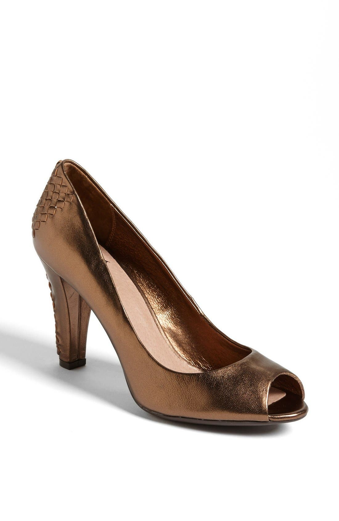 Alternate Image 1 Selected - Elliott Lucca 'Andrea' Pump (Online Only)