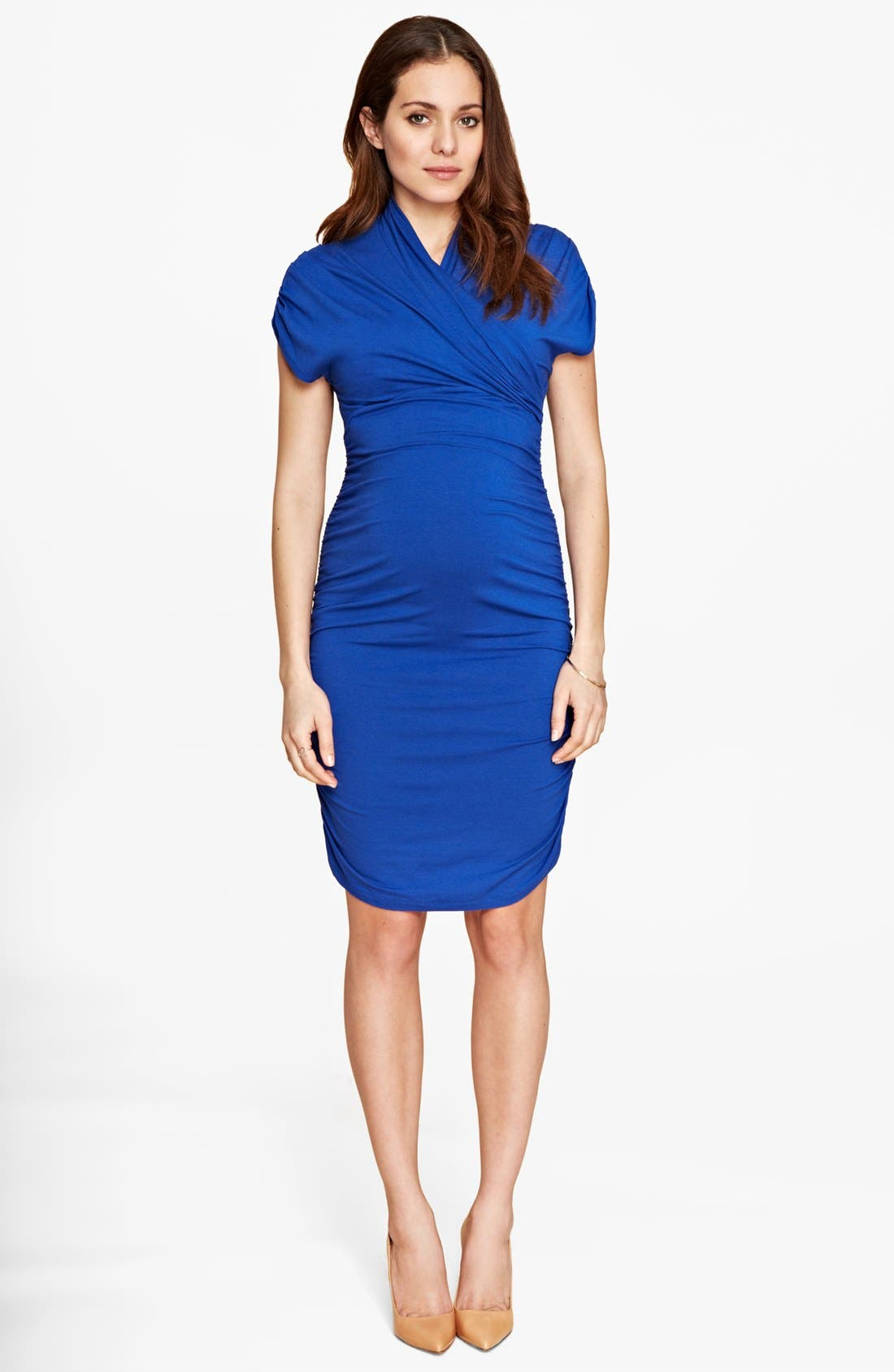 Main Image - Isabella Oliver 'Grace' Ruched Maternity Dress