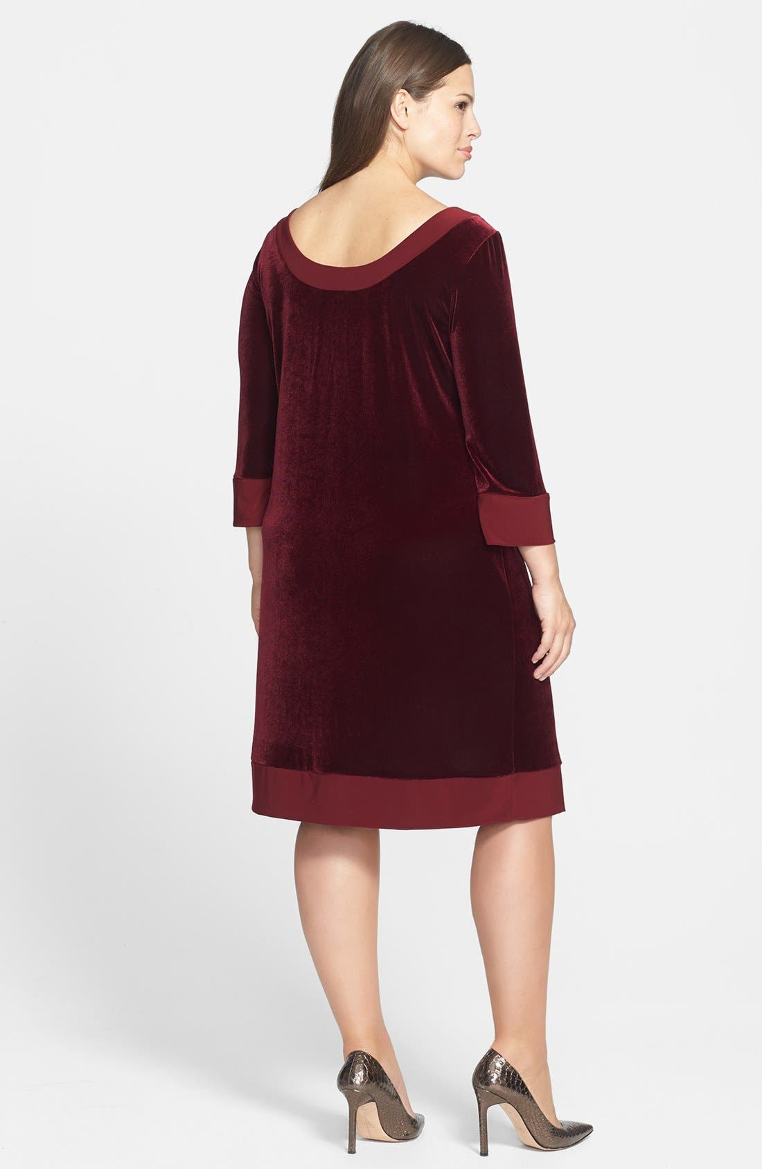 Alternate Image 2  - ABS by Allen Schwartz Velvet Shift Dress (Plus Size)