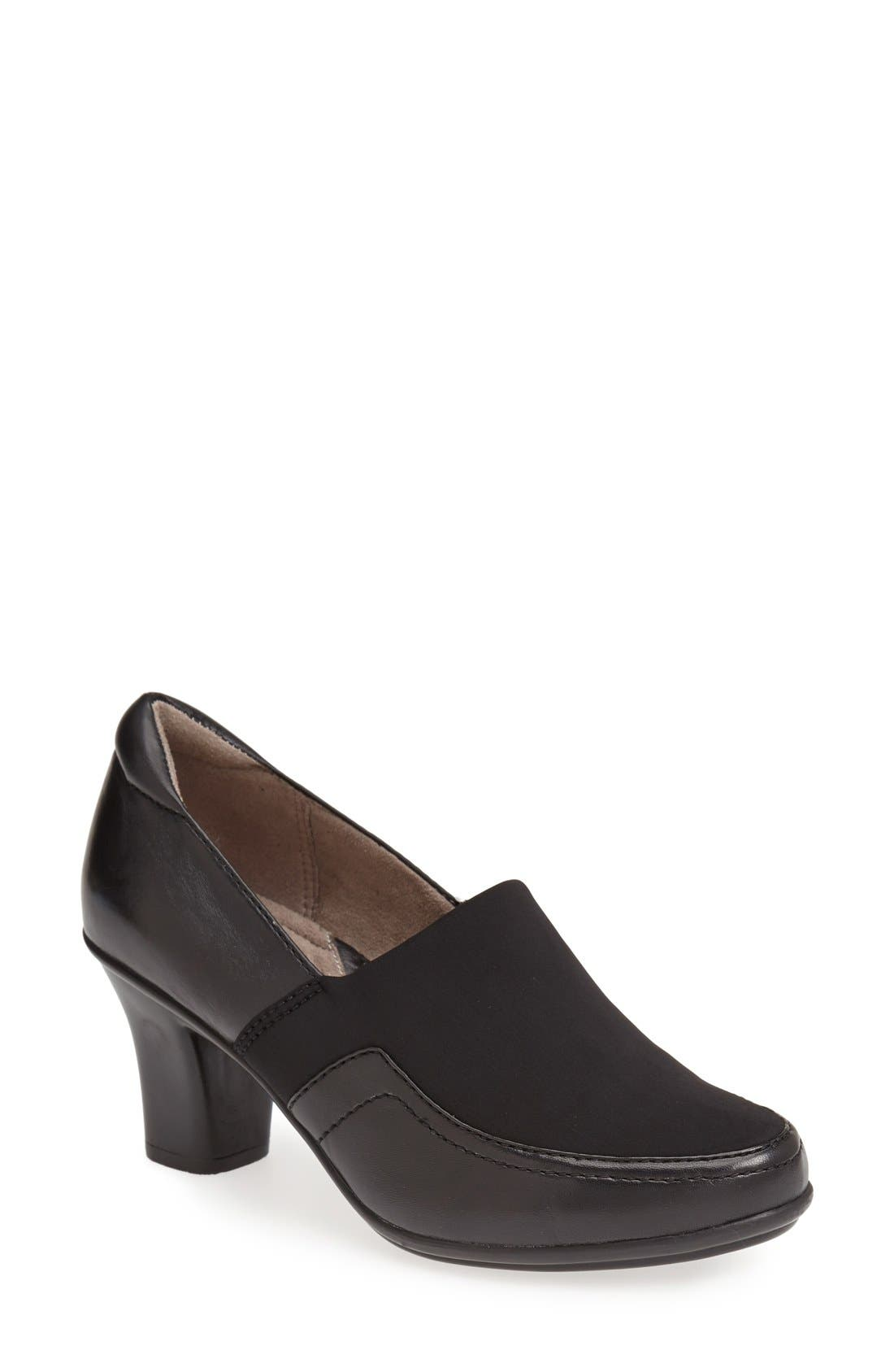 Main Image - Naturalizer 'Lotus' Tailored Pump (Women)