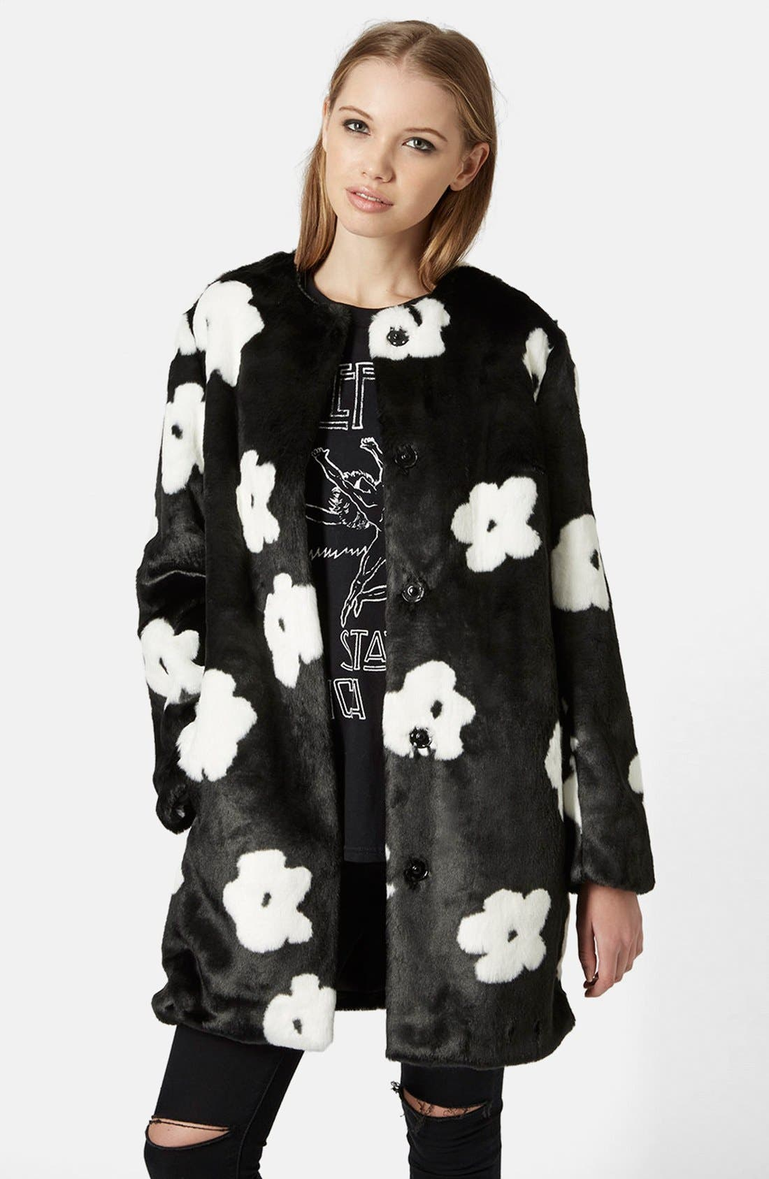 Alternate Image 1 Selected - Topshop Daisy Faux Fur Coat