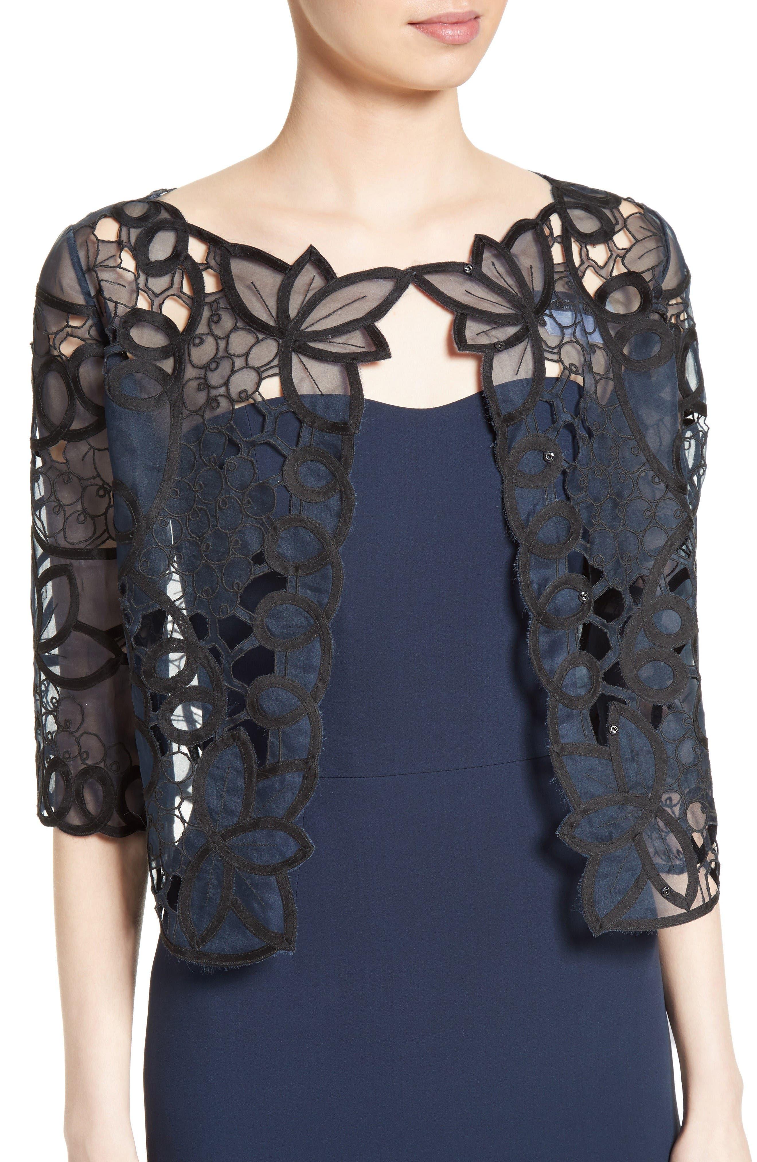 Alternate Image 2  - Carolina Herrera Reversible Lace Bolero