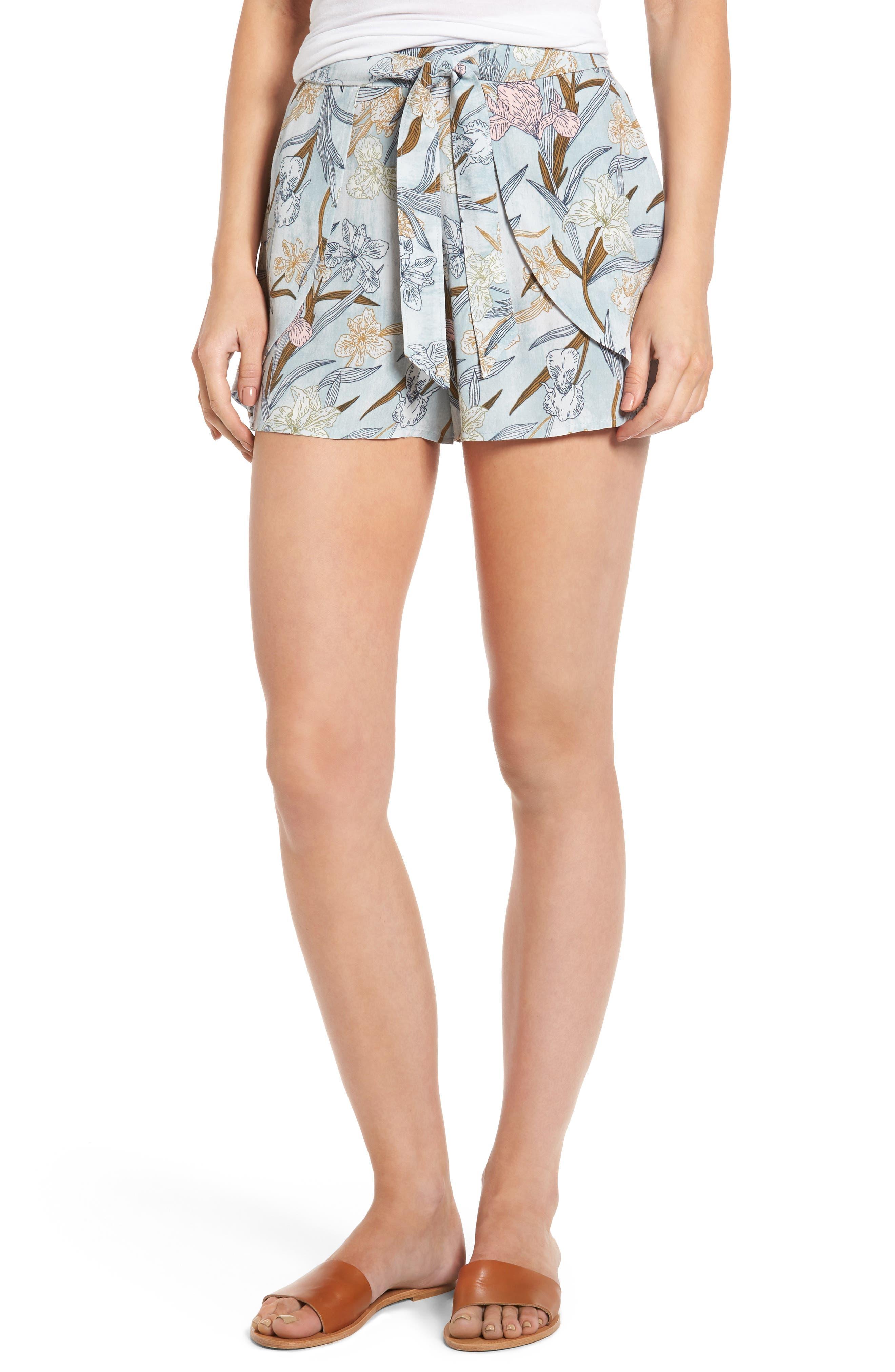 Main Image - BP. Tie Front Shorts