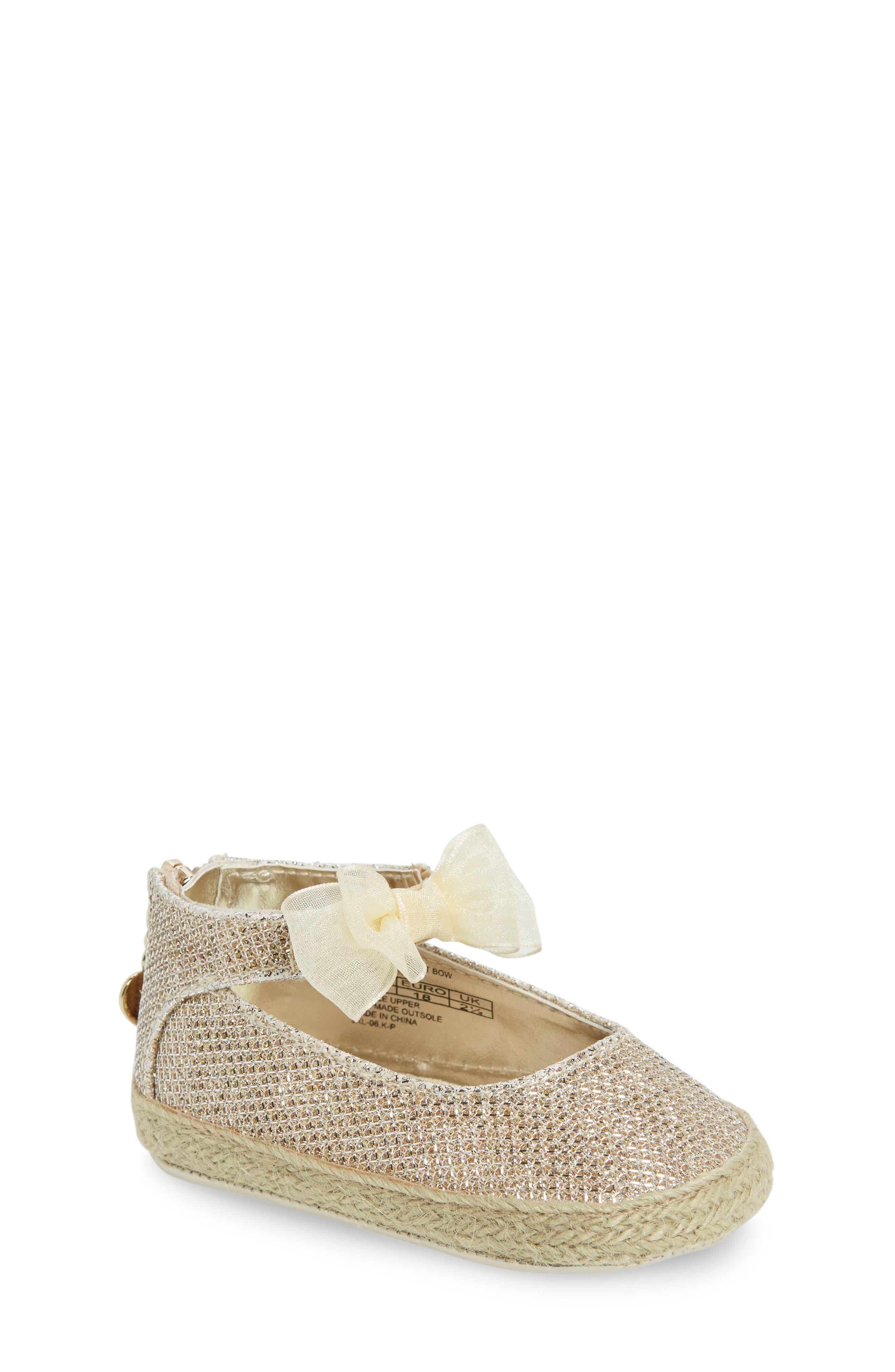 Alternate Image 1 Selected - Stuart Weitzman Baby Nantucket Crib Shoe (Baby)