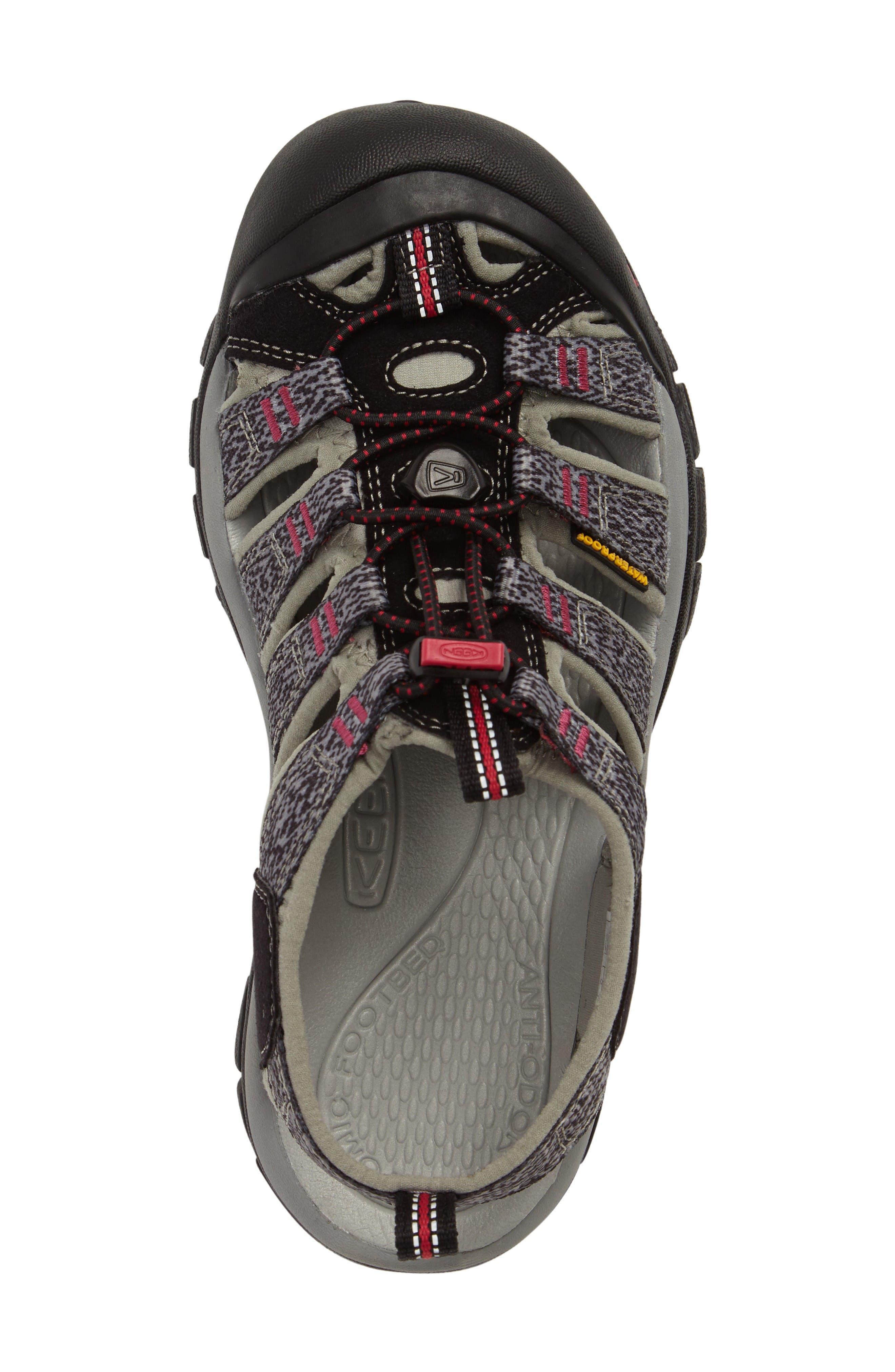 'Newport H2' Sandal,                             Alternate thumbnail 4, color,                             Black/ Bright Rose Fabric
