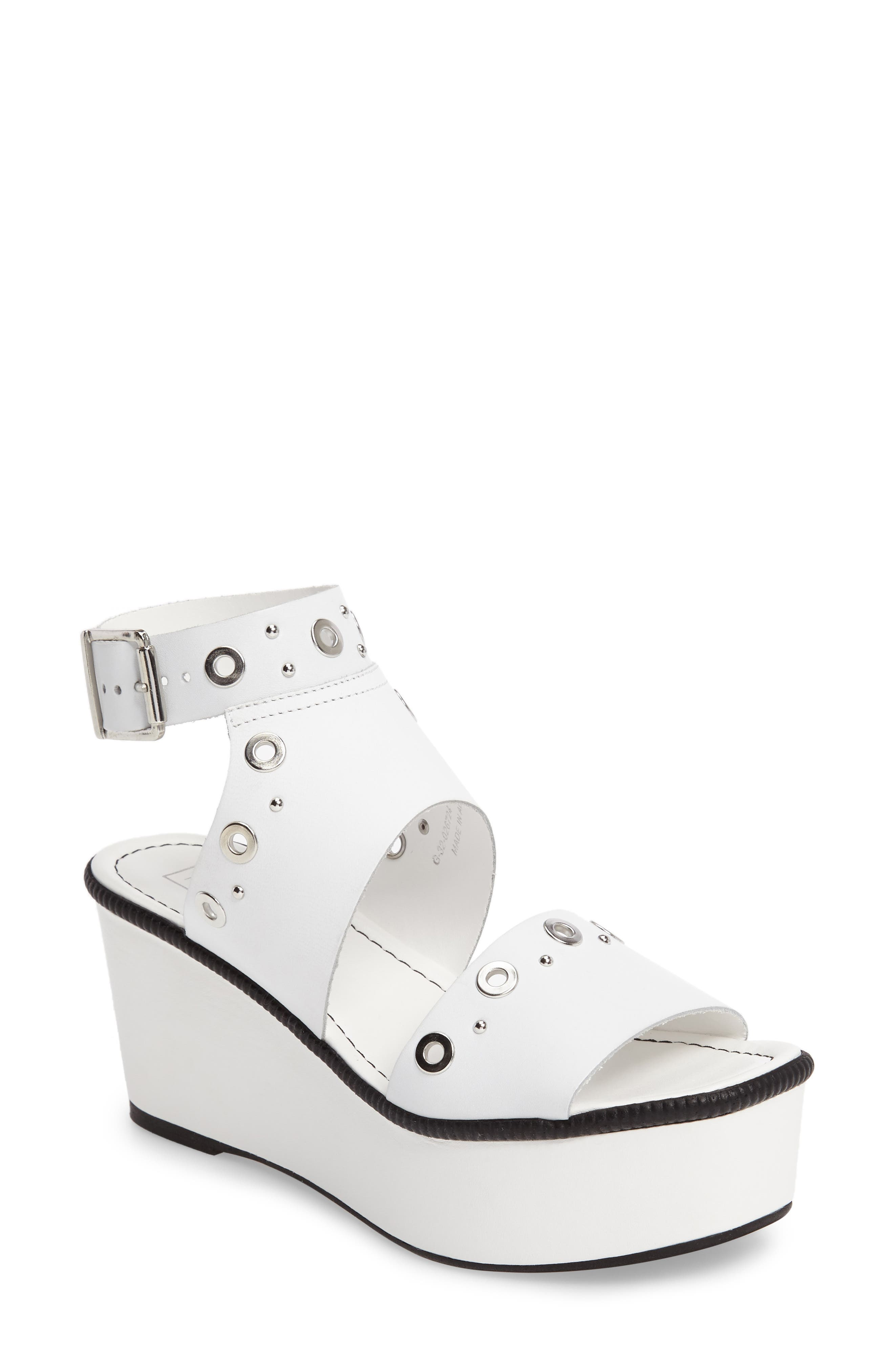 Topshop Wizz Grommeted Platform Wedge Sandal (Women)