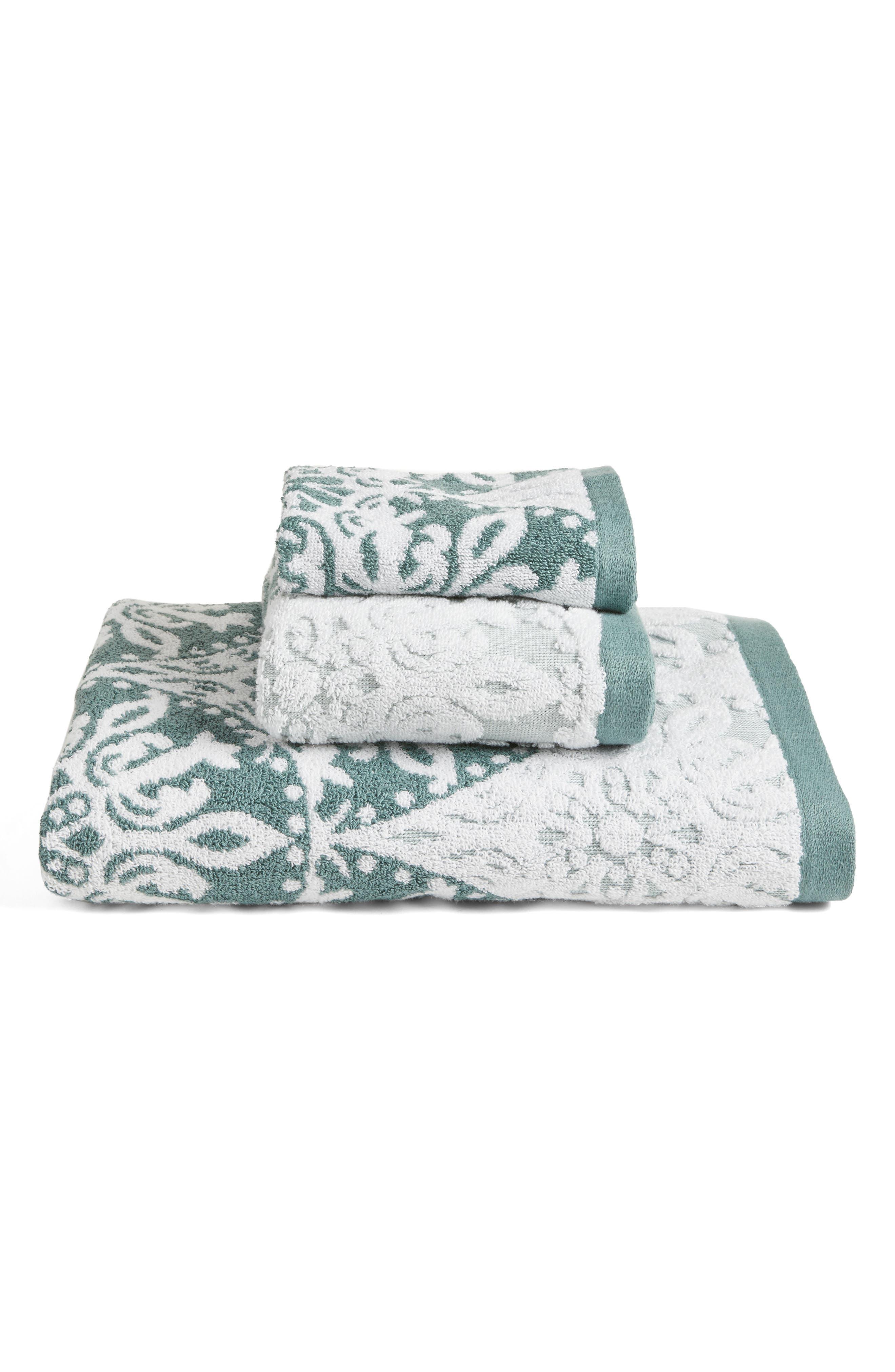 Alternate Image 3  - Nordstrom at Home Fan Ombré Jacquard Hand Towel