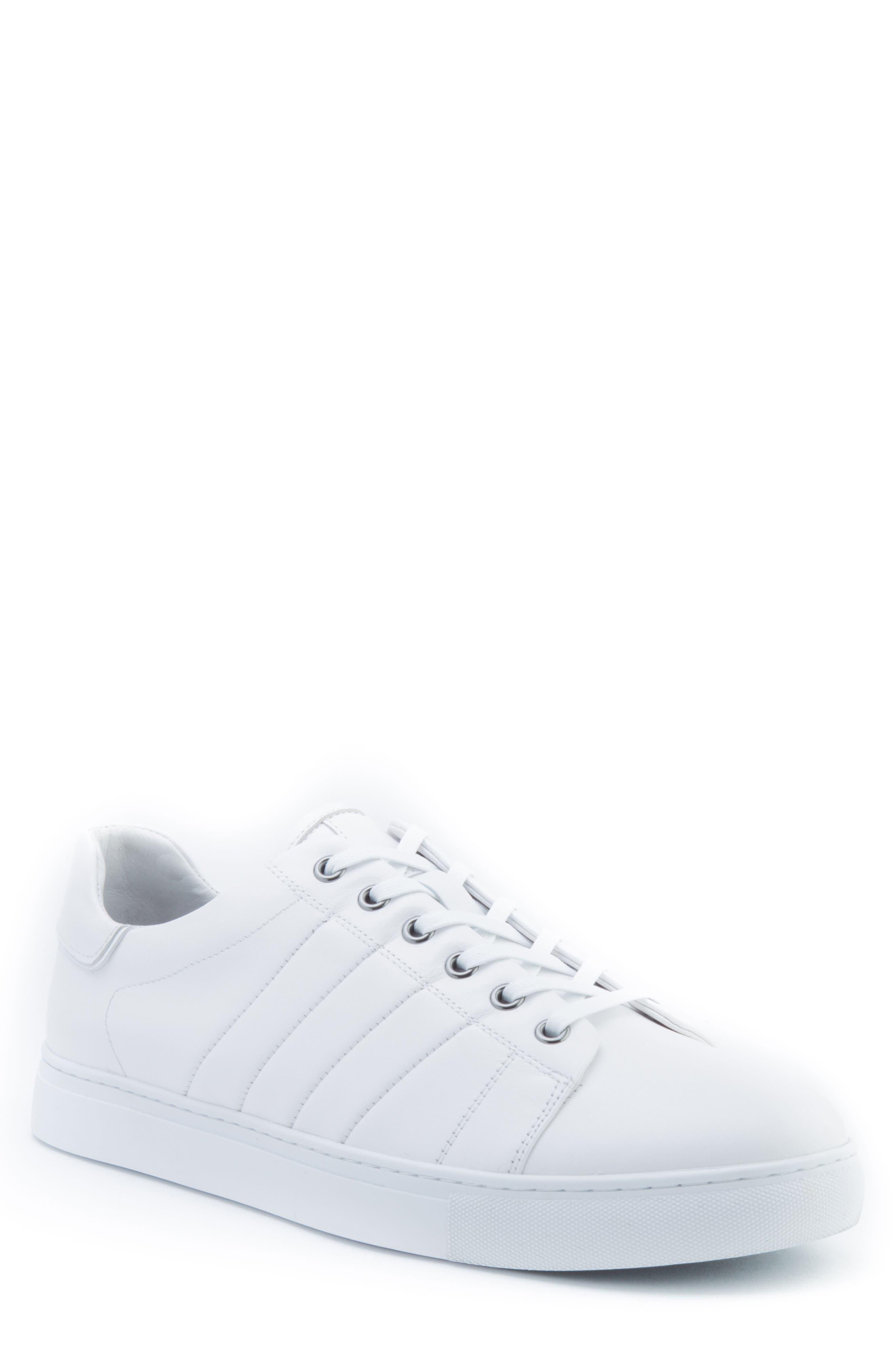 Badgley Mischka Mitchell Sneaker (Men)