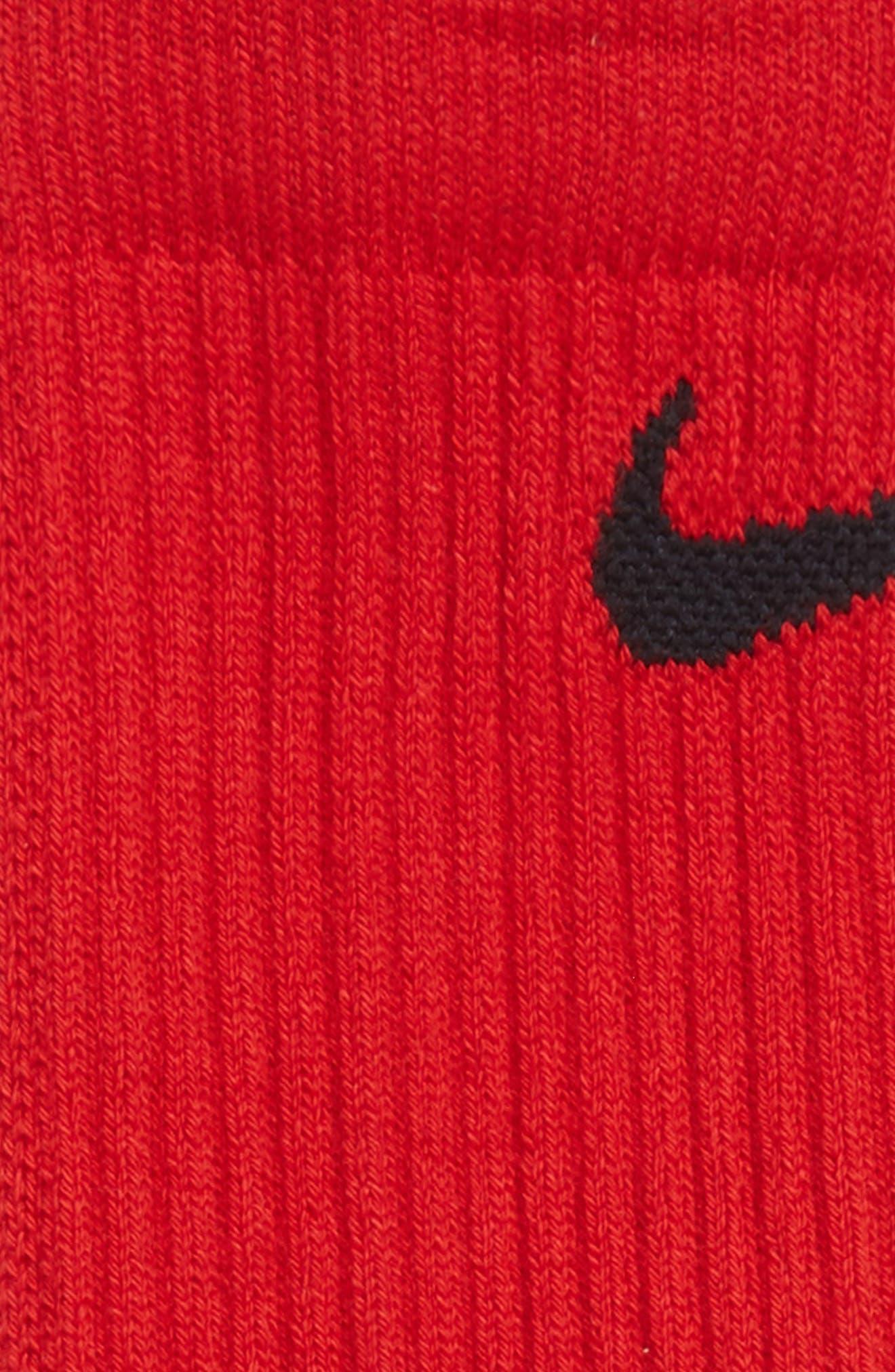 Alternate Image 3  - Nike Elite Versatility Crew Socks (Big Kid)