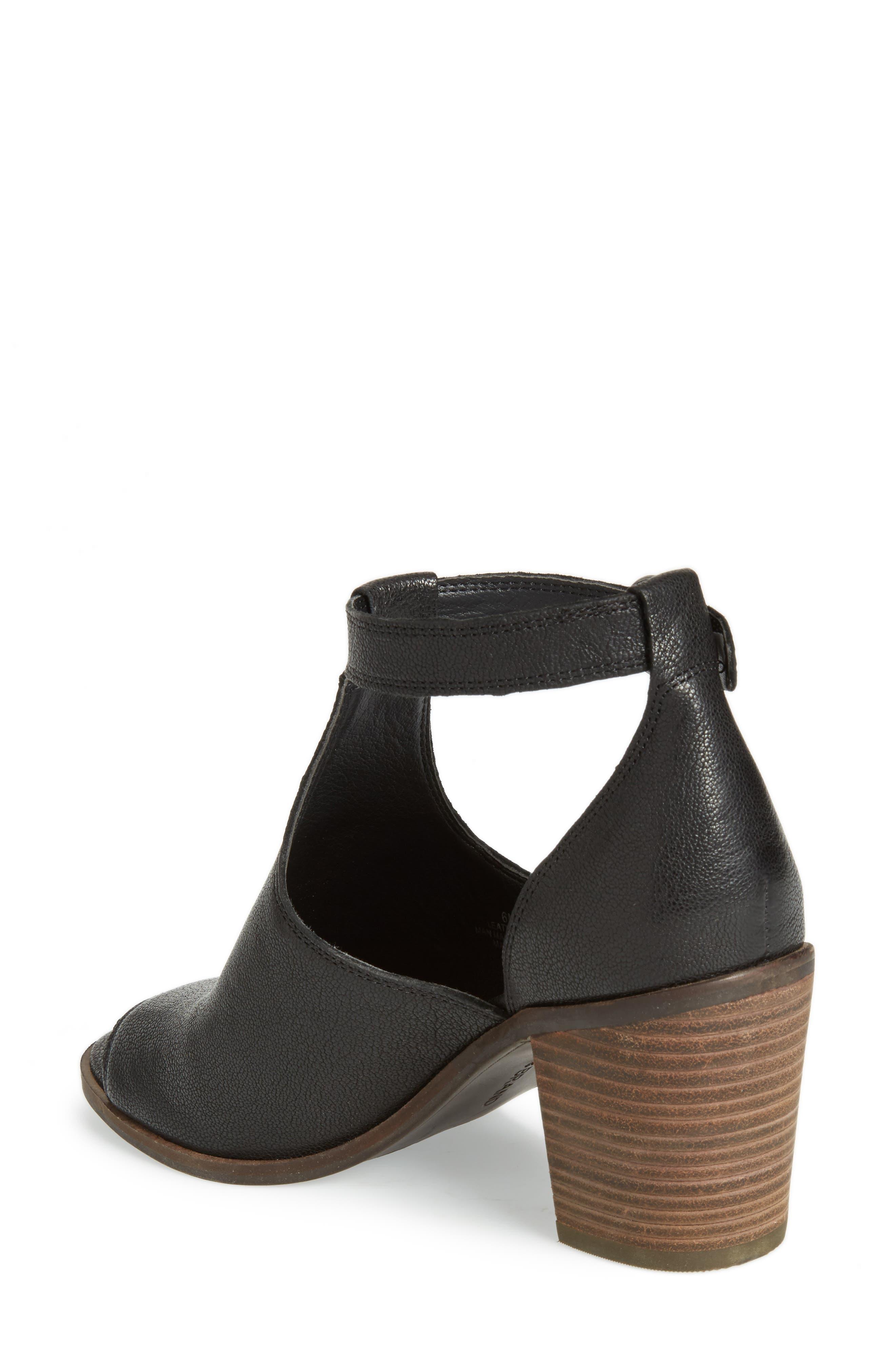 Kadian Block Heel Sandal,                             Alternate thumbnail 2, color,                             Black Leather