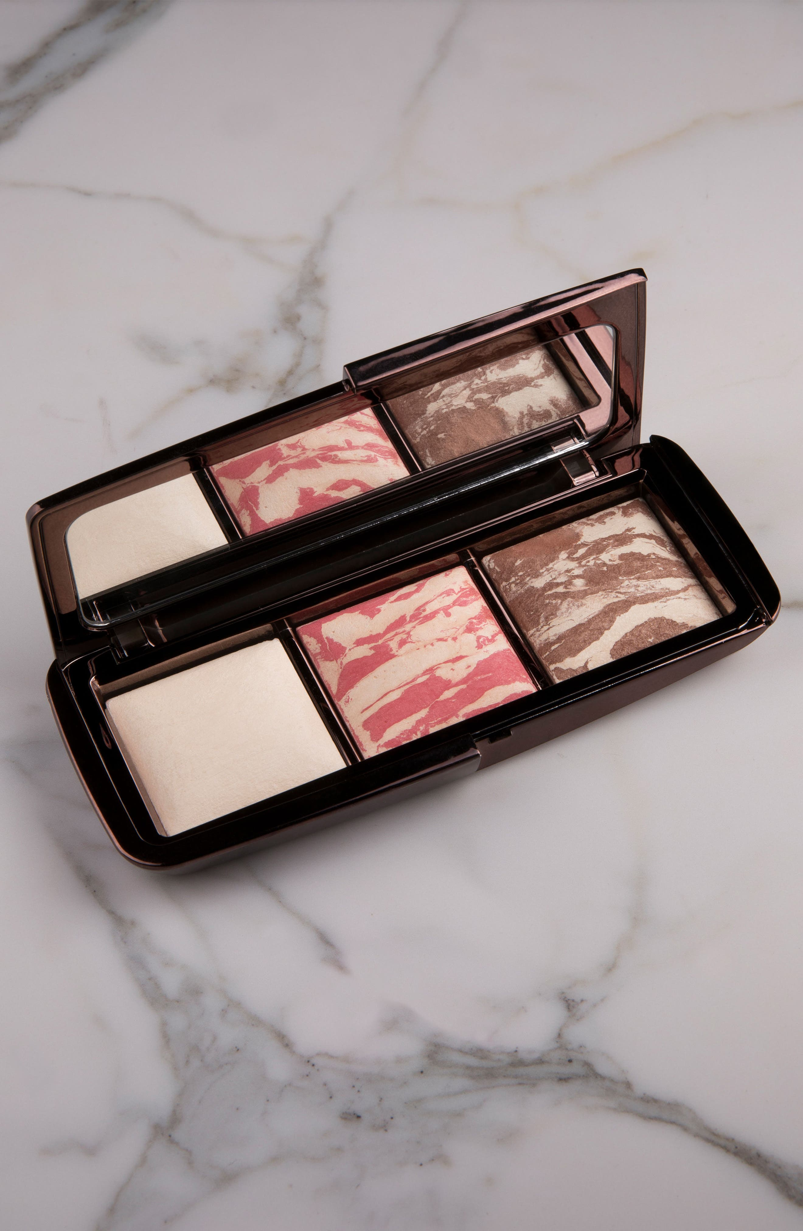 Alternate Image 4  - HOURGLASS Ambient® Diffused Light Palette