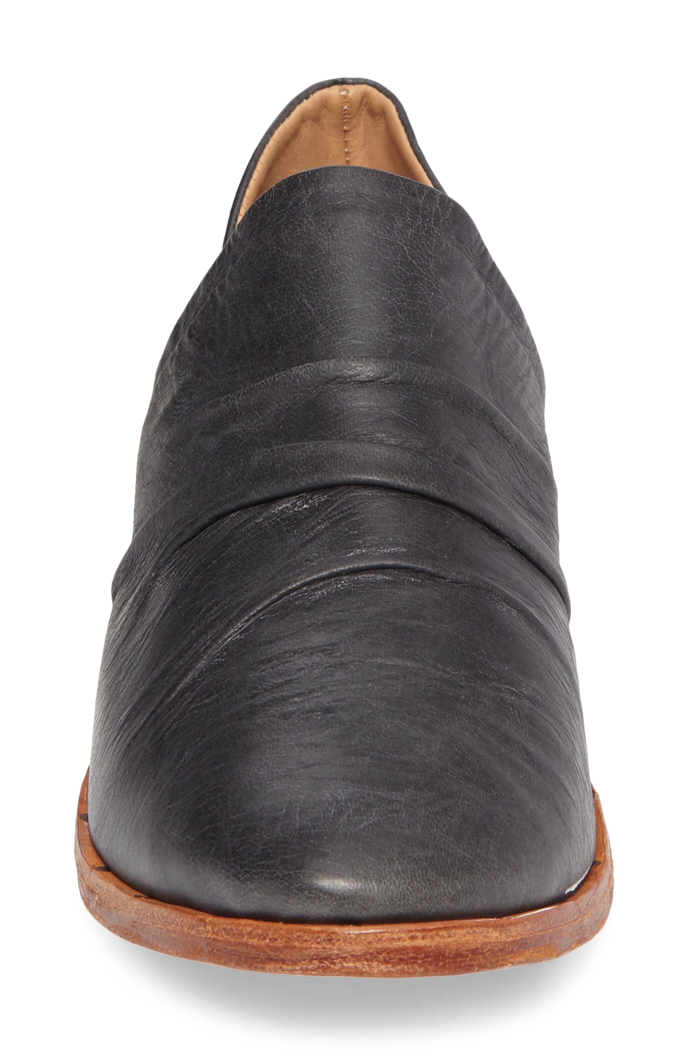 Puffin Loafer,                             Alternate thumbnail 4, color,                             Vintage Black