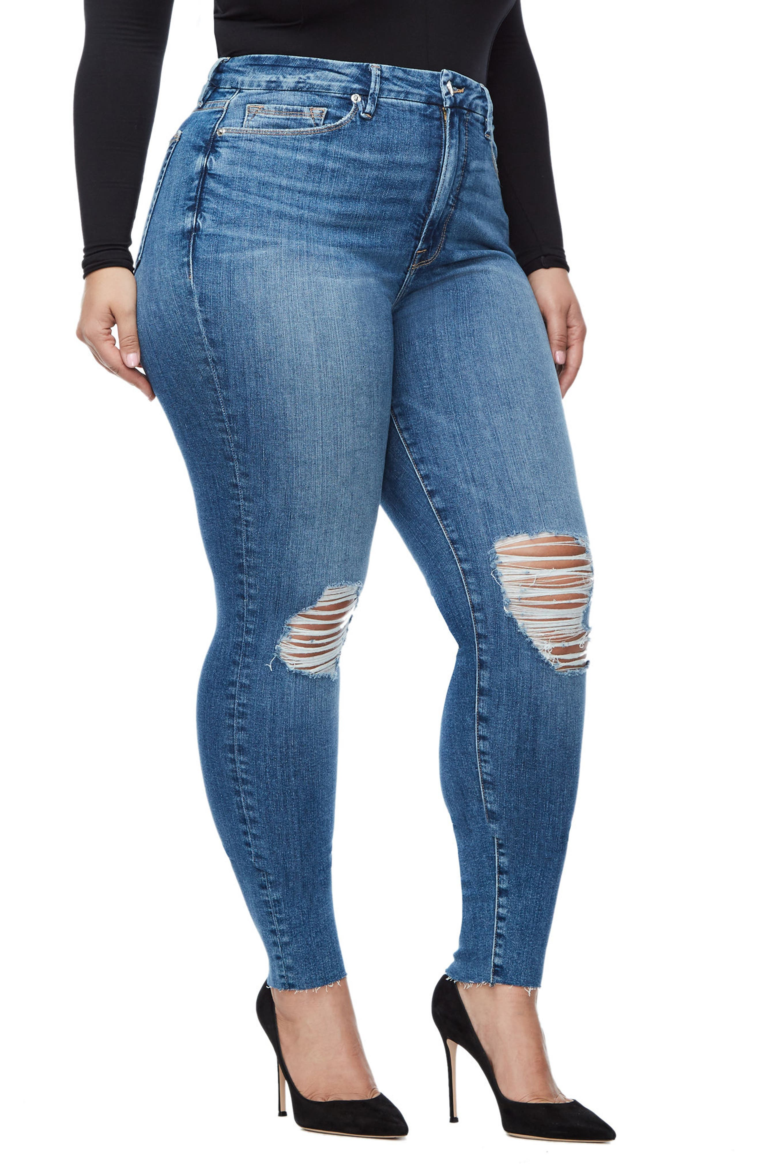 Alternate Image 6  - Good American Good Waist Raw Edge Skinny Jeans (Blue 092) (Extended Sizes)