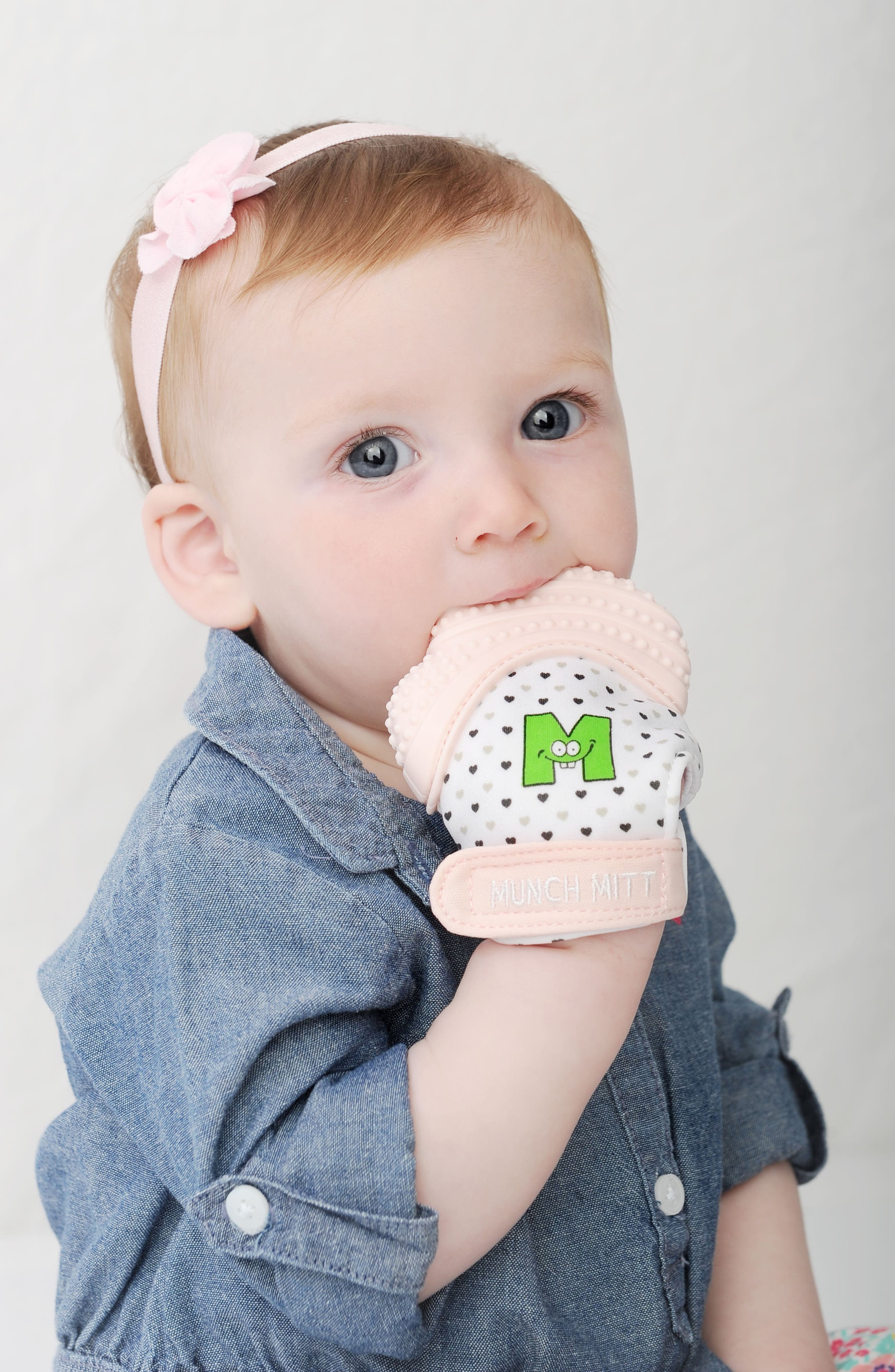 Teething Mitt,                             Alternate thumbnail 3, color,                             Pink Hearts
