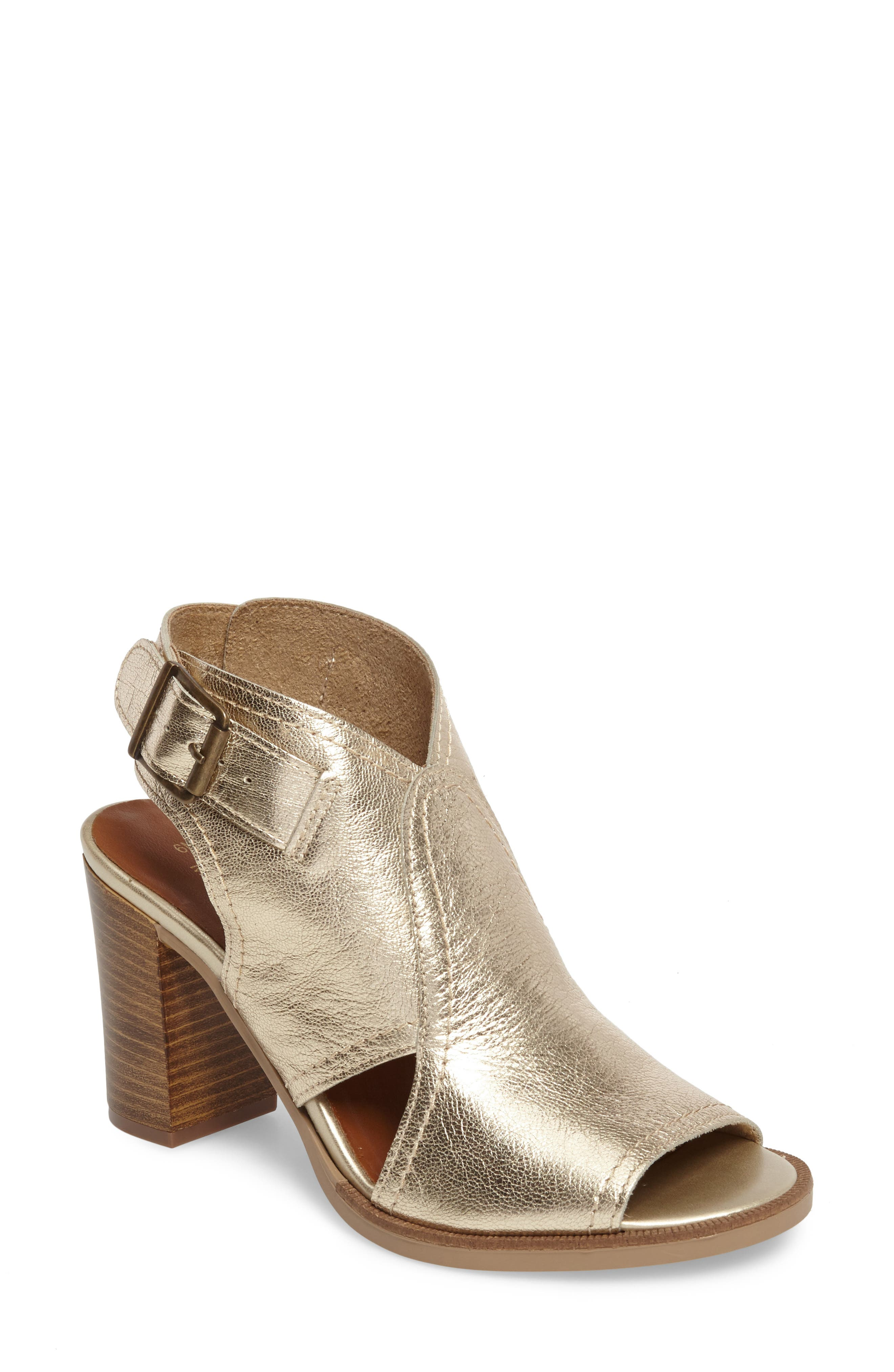 Alternate Image 1 Selected - Bella Vita Viv Block Heel Sandal (Women)