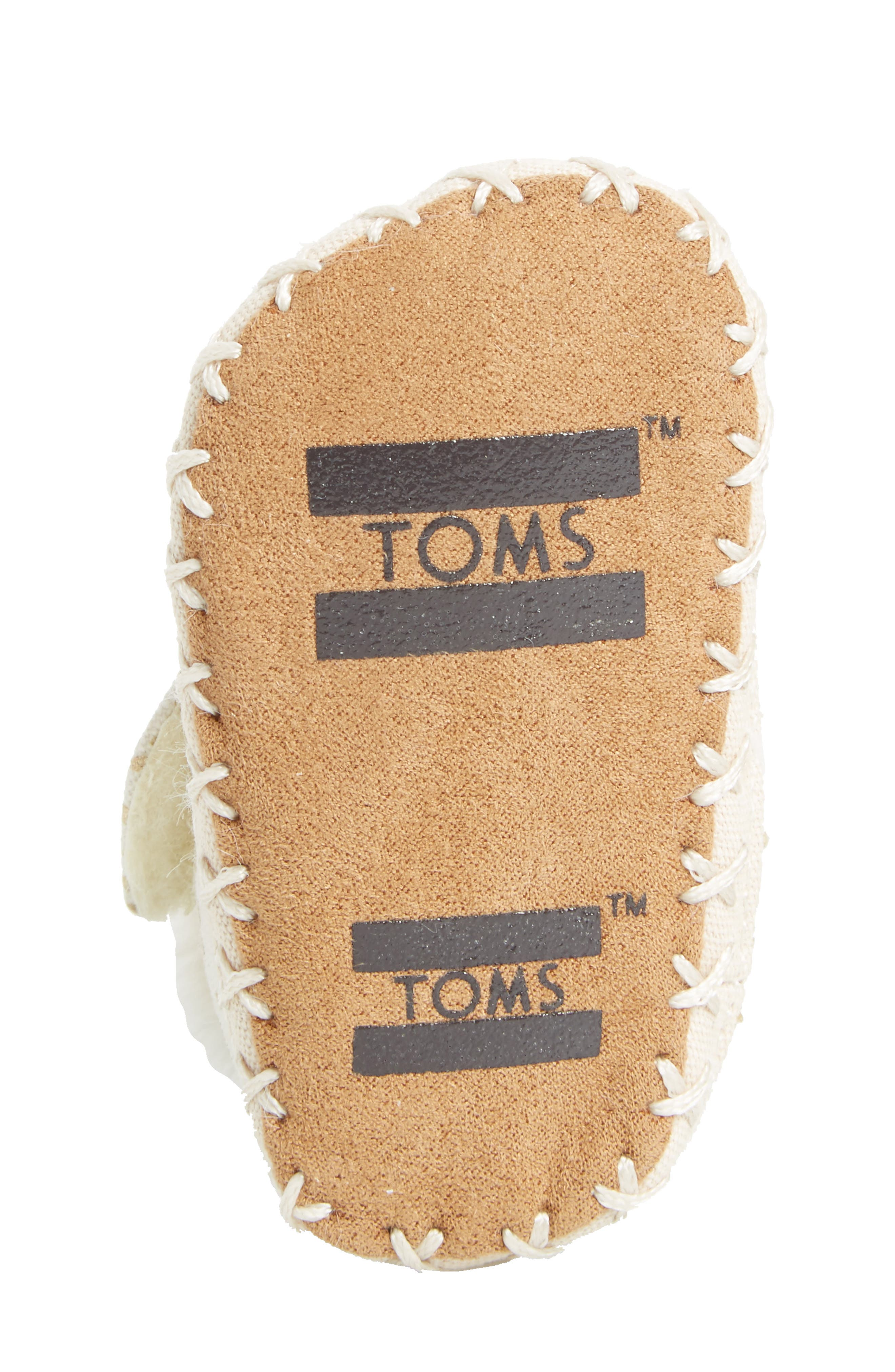 Alternate Image 6  - TOMS Tiny Cuna Faux Fur Crib Bootie (Baby)