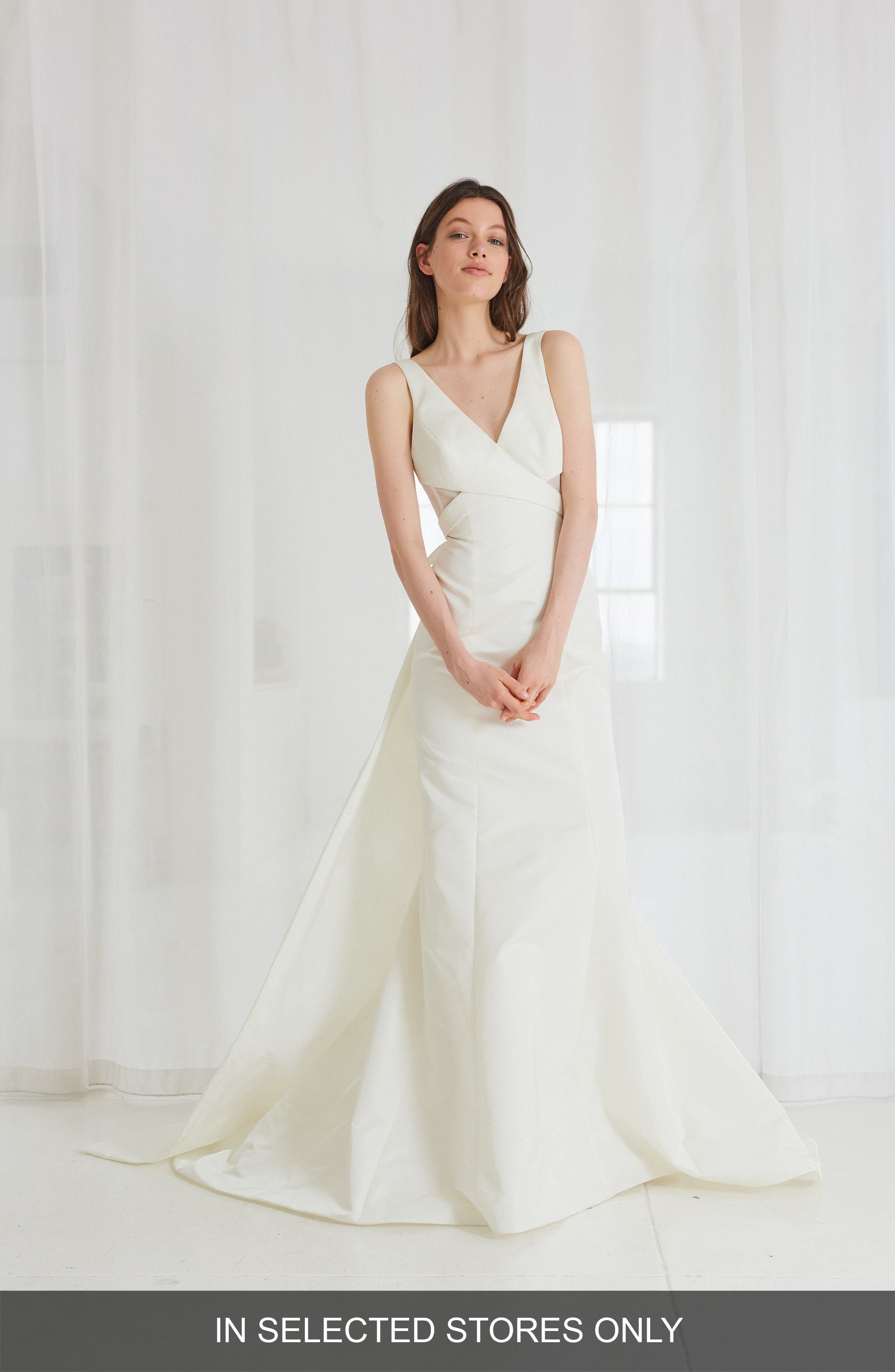AMSALE Cooper Fit & Flare Gown With Detachable Train in Ivory