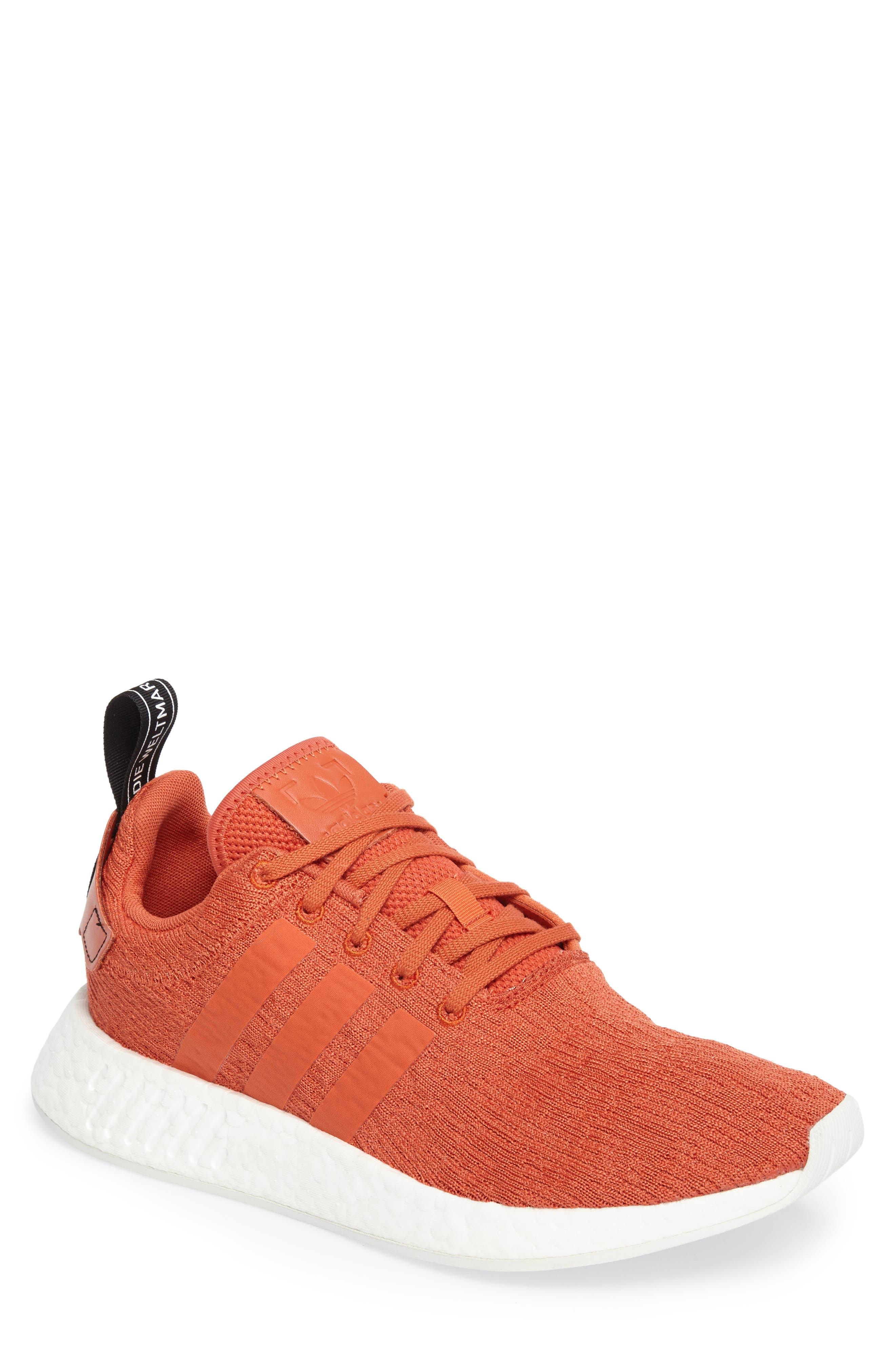 adidas NMD R2 Sneaker (Men)