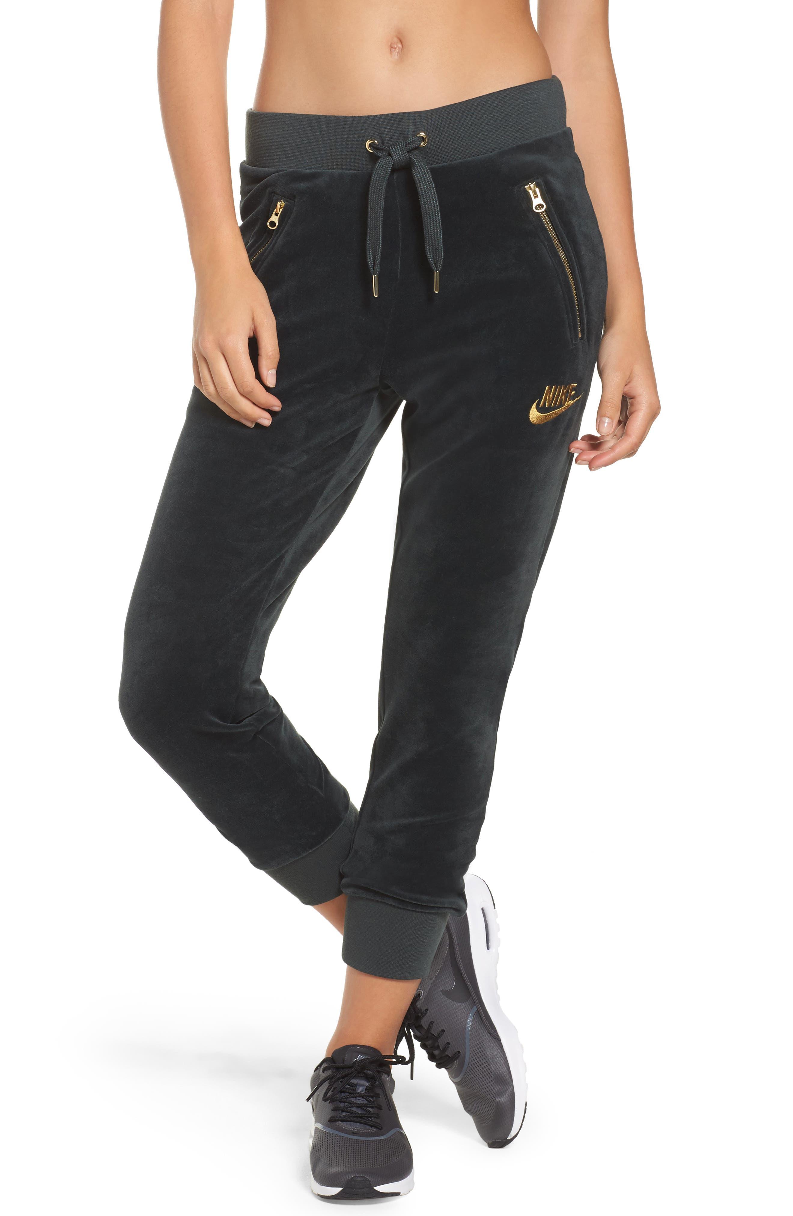 Main Image - Nike Velour Drawstring Capri Pants
