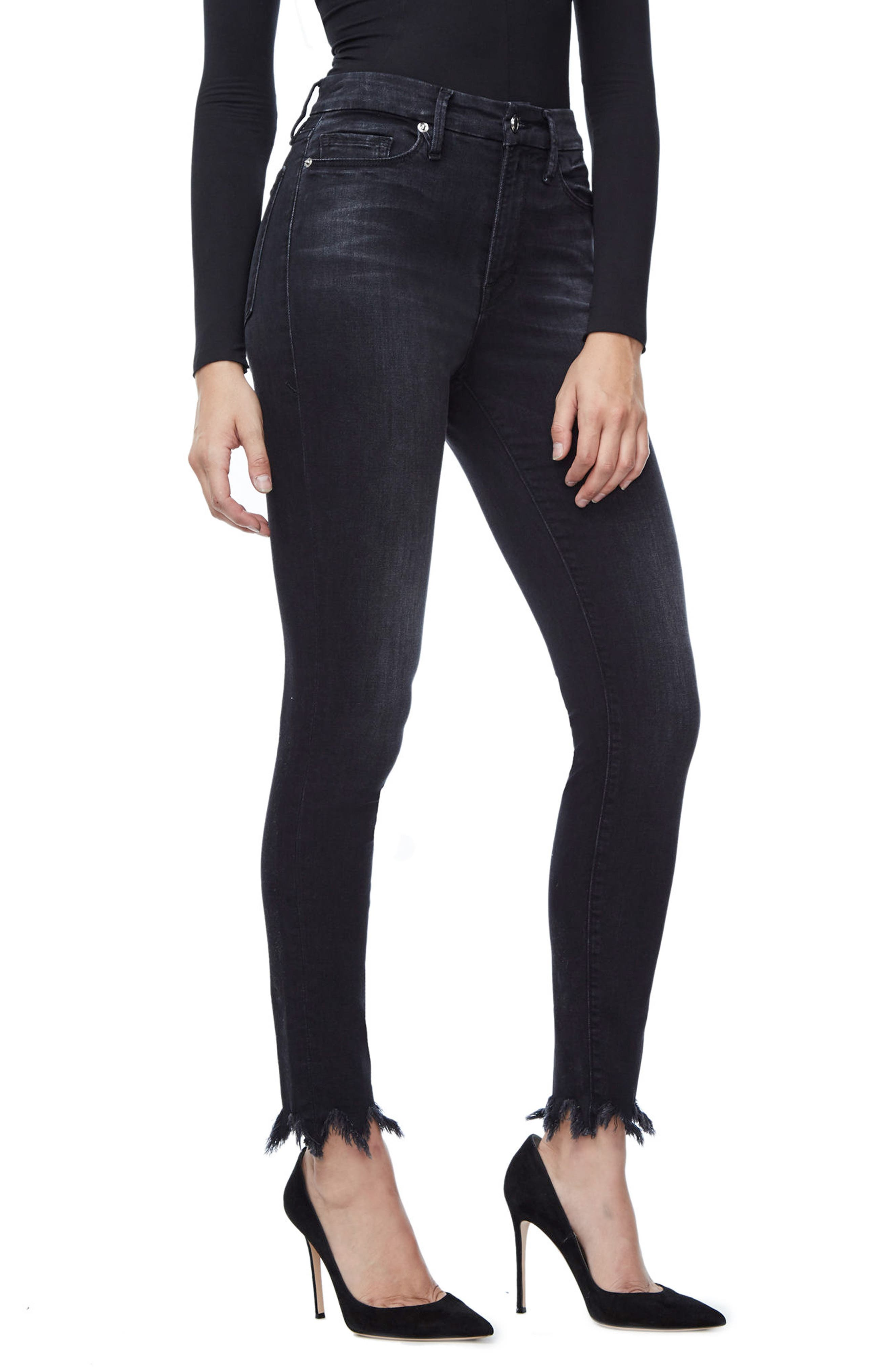 Main Image - Good American Good Waist Fray Hem Skinny Jeans (Black 012) (Extended Sizes)