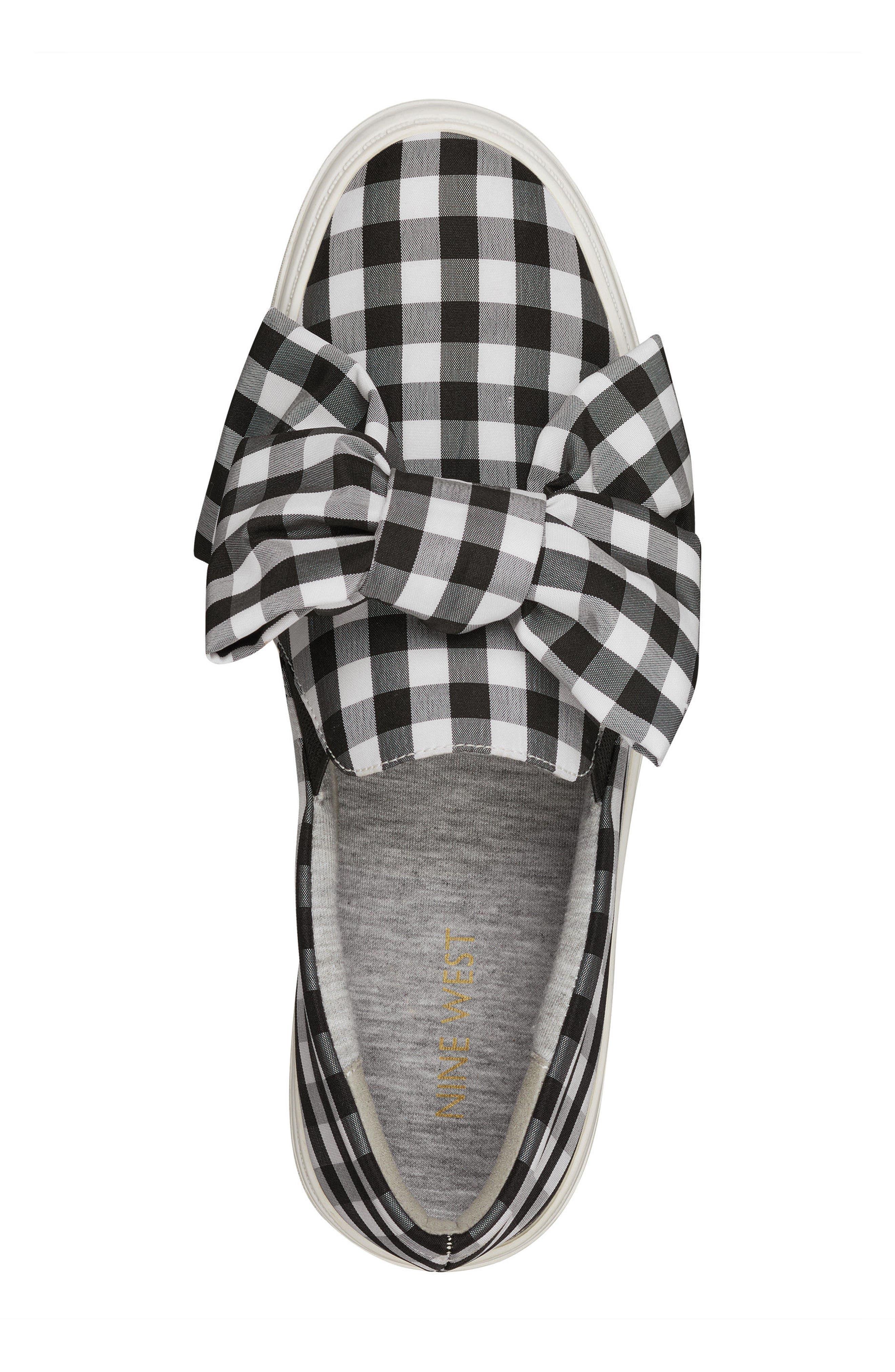 Onosha Bow Slip-On Sneaker,                             Alternate thumbnail 5, color,                             Black/ White Fabric