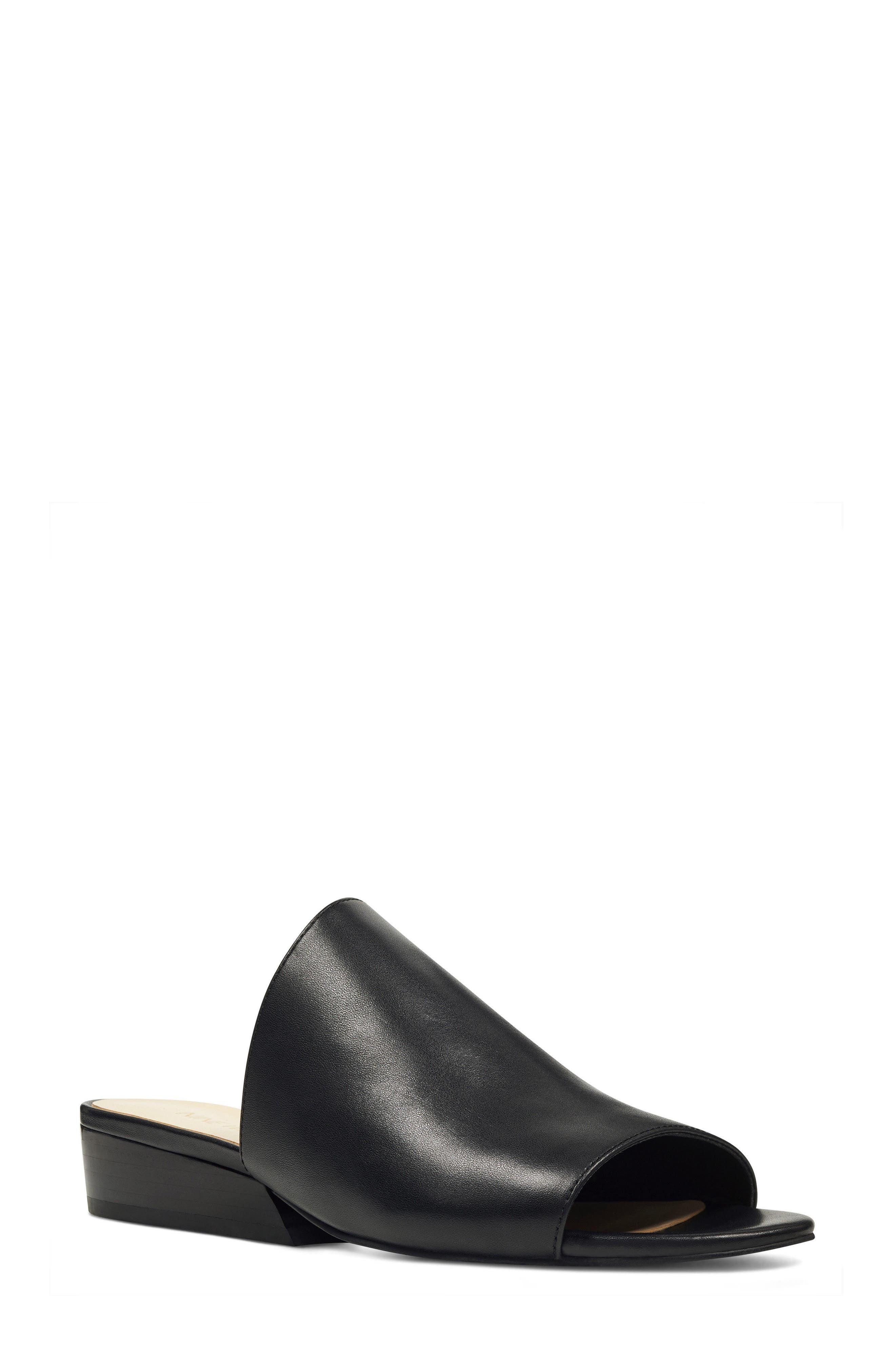 Lynneah Sandal,                         Main,                         color, Black Leather