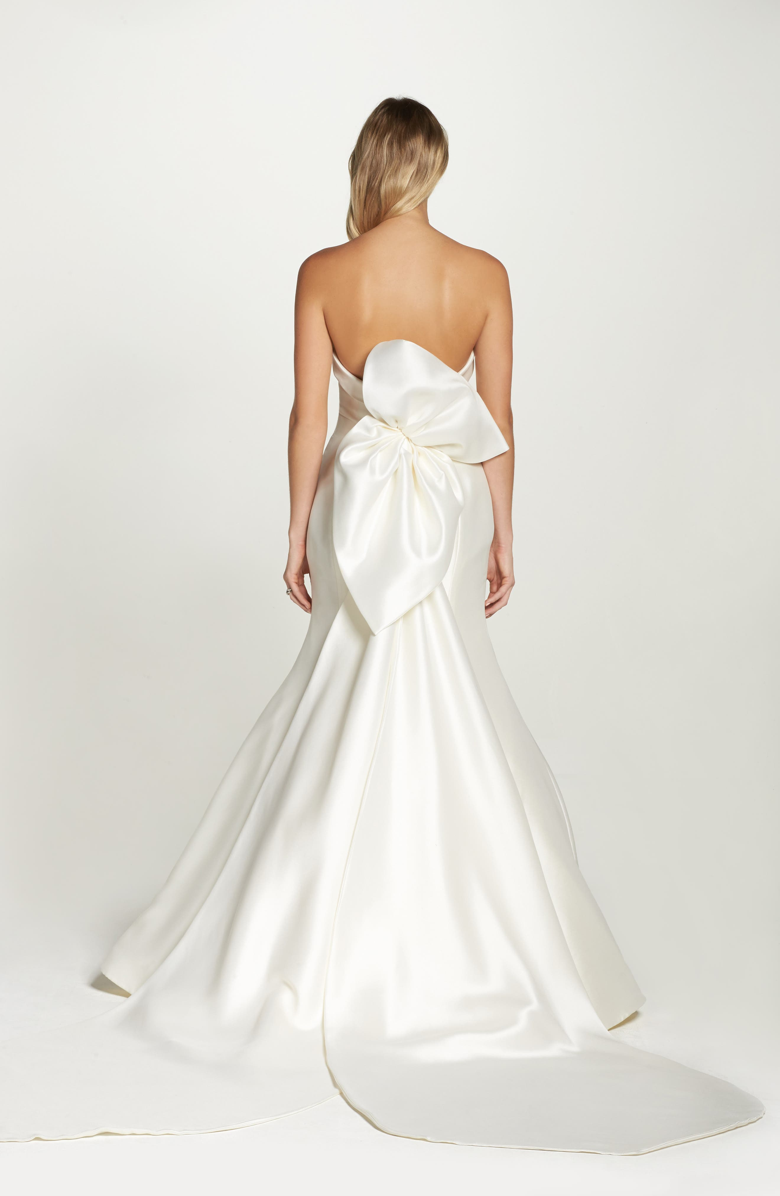 Peony Strapless Mikado Trumpet Gown with Bow Train,                             Alternate thumbnail 4, color,                             Ivory