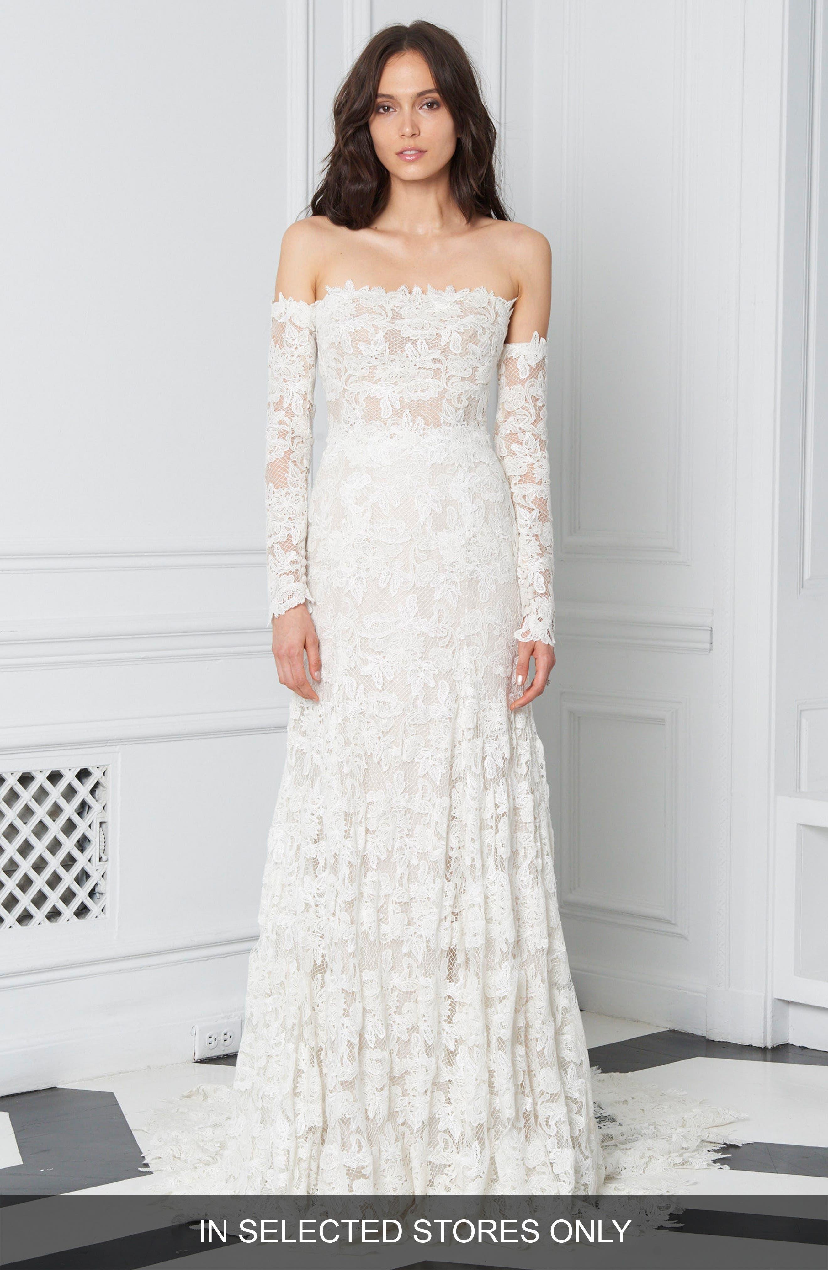 BLISS Monique Lhuillier Scalloped Lace Off the Shoulder Gown
