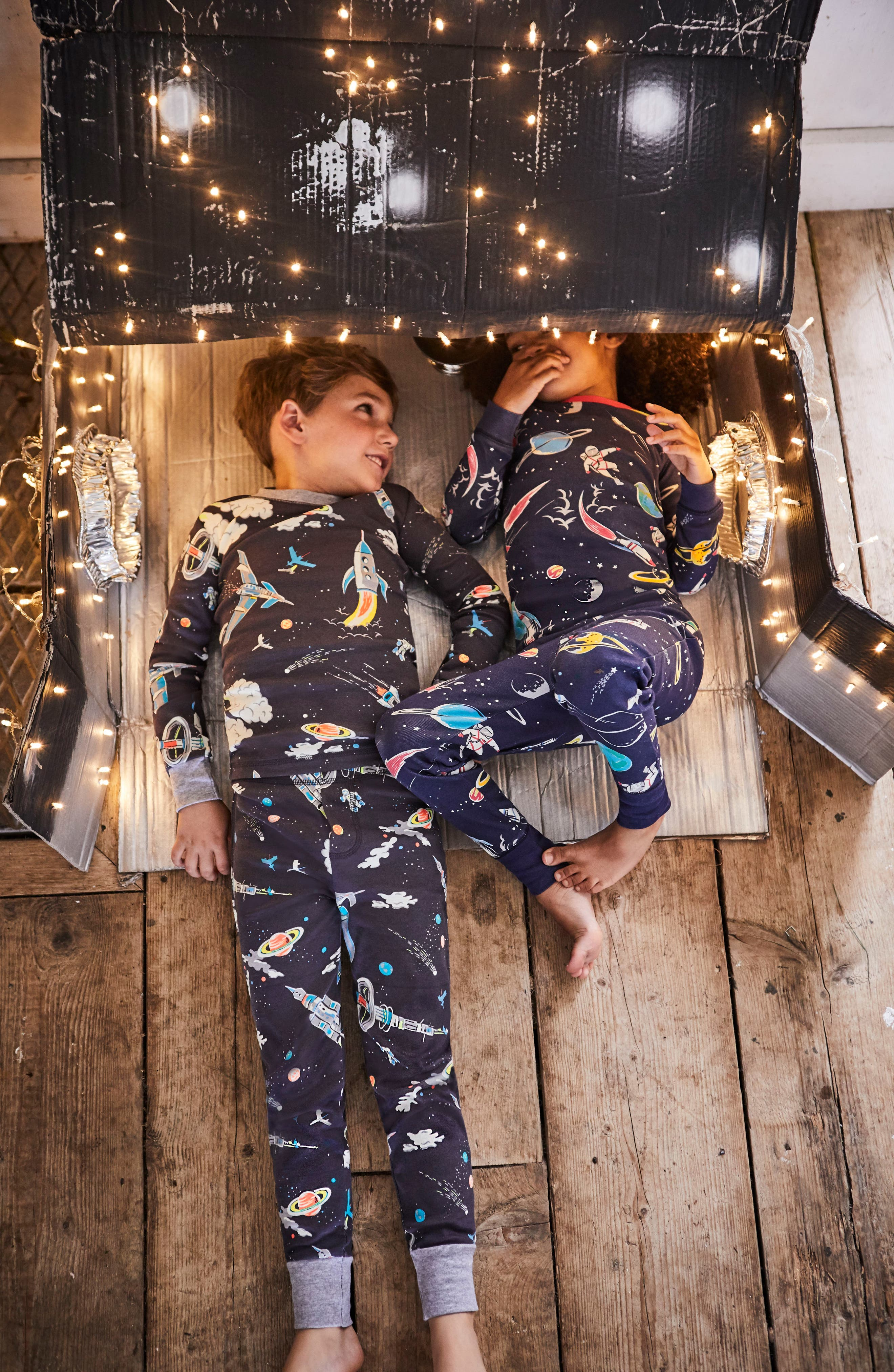 Glow in the Dark Fitted Two-Piece Pajamas,                             Alternate thumbnail 4, color,                             Asphalt Gray