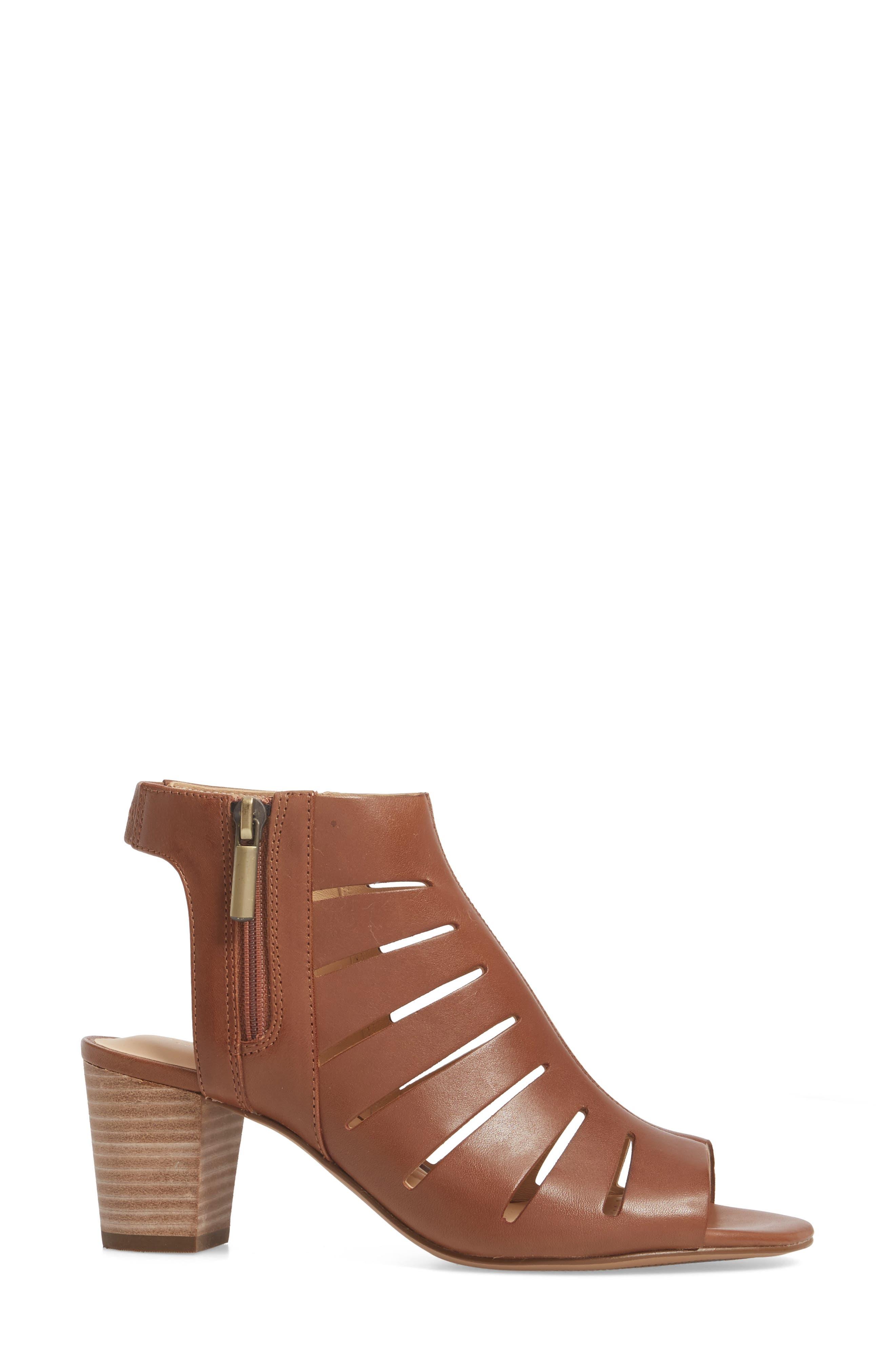 Deloria Ivy Sandal,                             Alternate thumbnail 3, color,                             Tan Leather