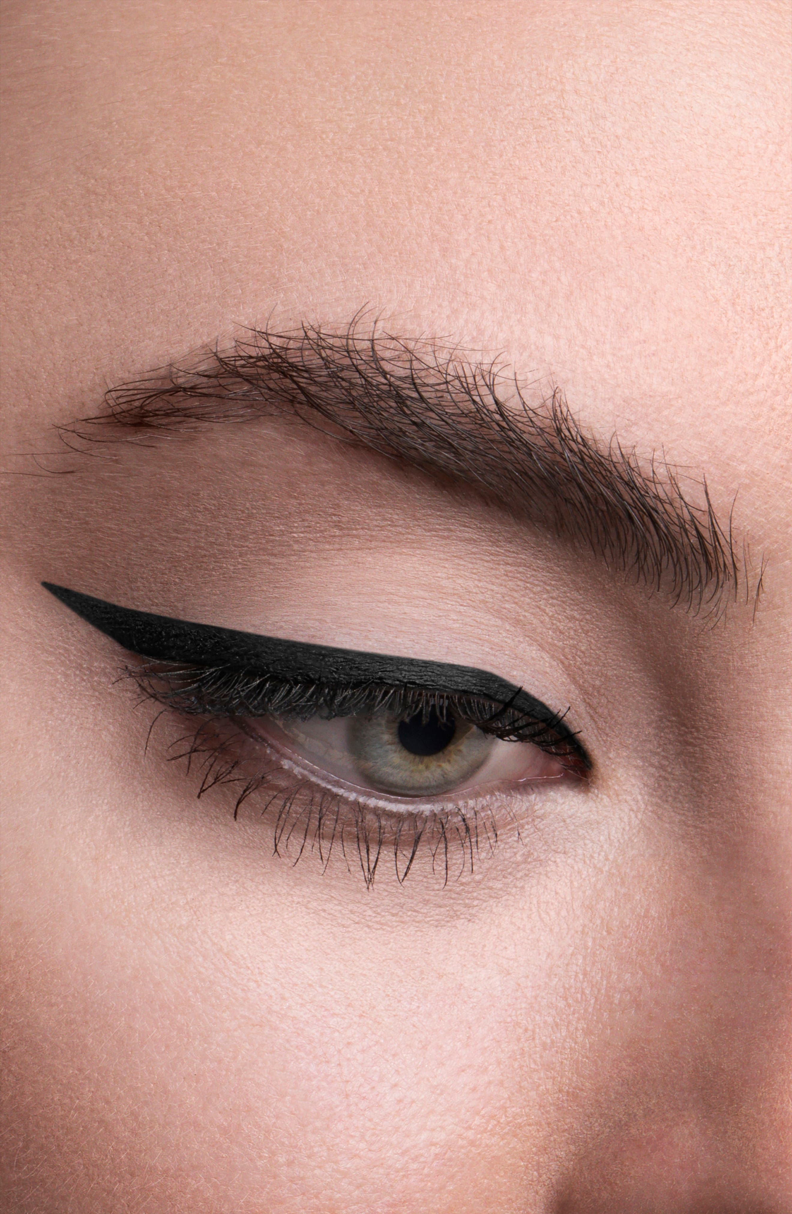 Alternate Image 2  - HOURGLASS 1.5mm Mechanical Gel Eyeliner